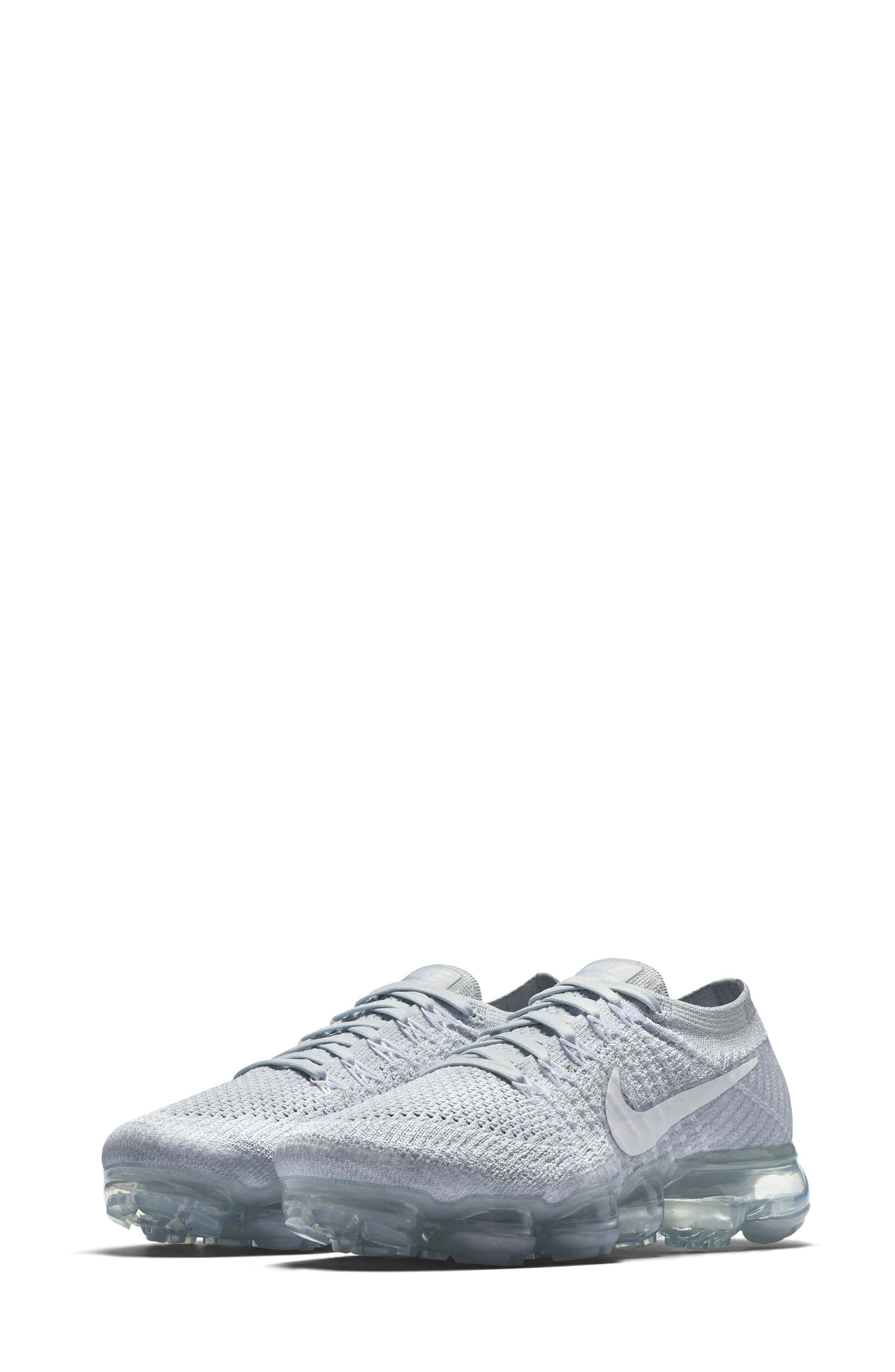Alternate Image 1 Selected - Nike Air VaporMax Flyknit Running Shoe (Women)