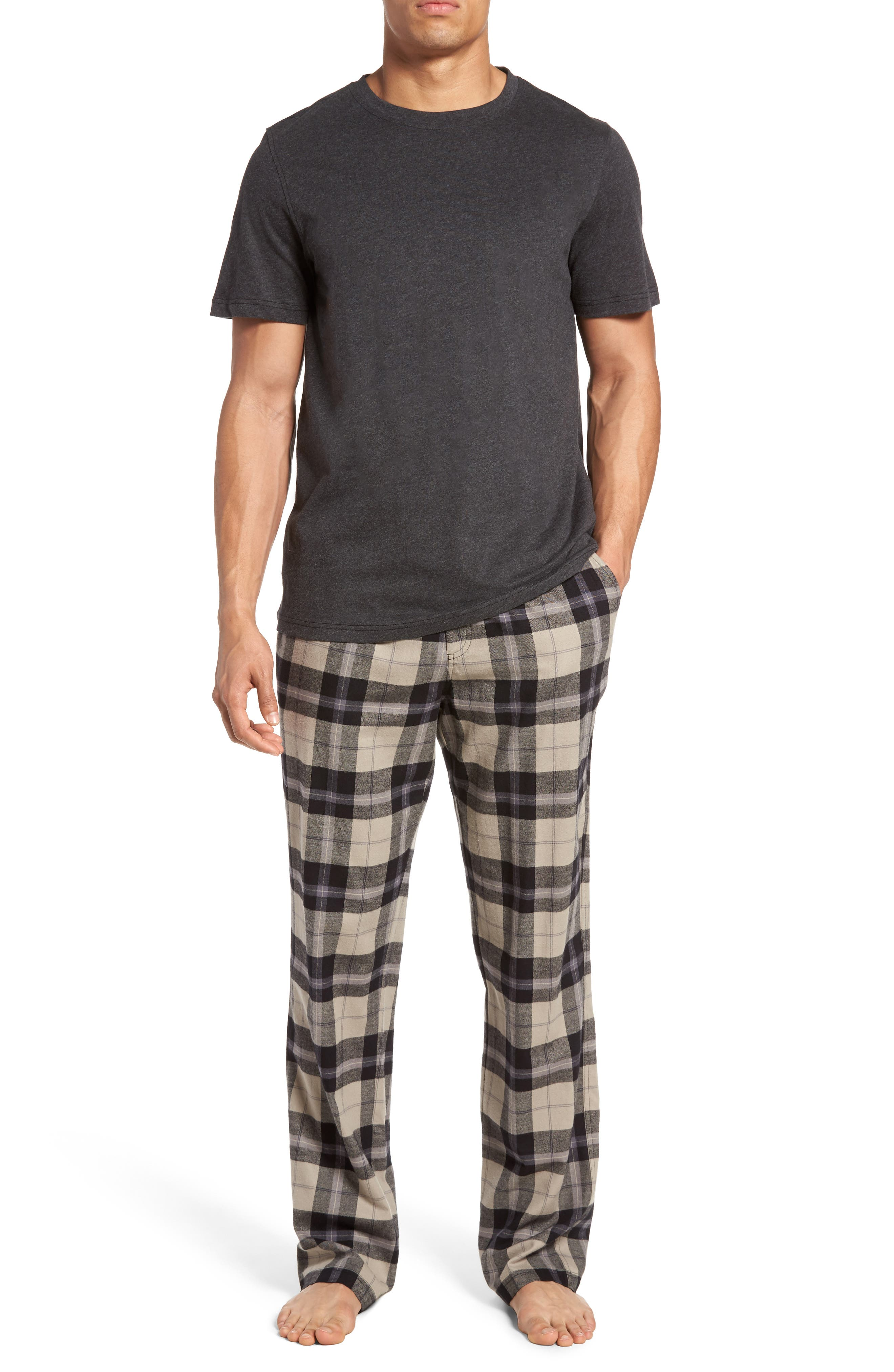 Our curated sleepwear Australia collection includes options for men and women in fleece, cotton and silk. And guys, if you're looking for perfect gift ideas for your girlfriend, our Pyjamas collection includes some sexy sleepwear options, too.