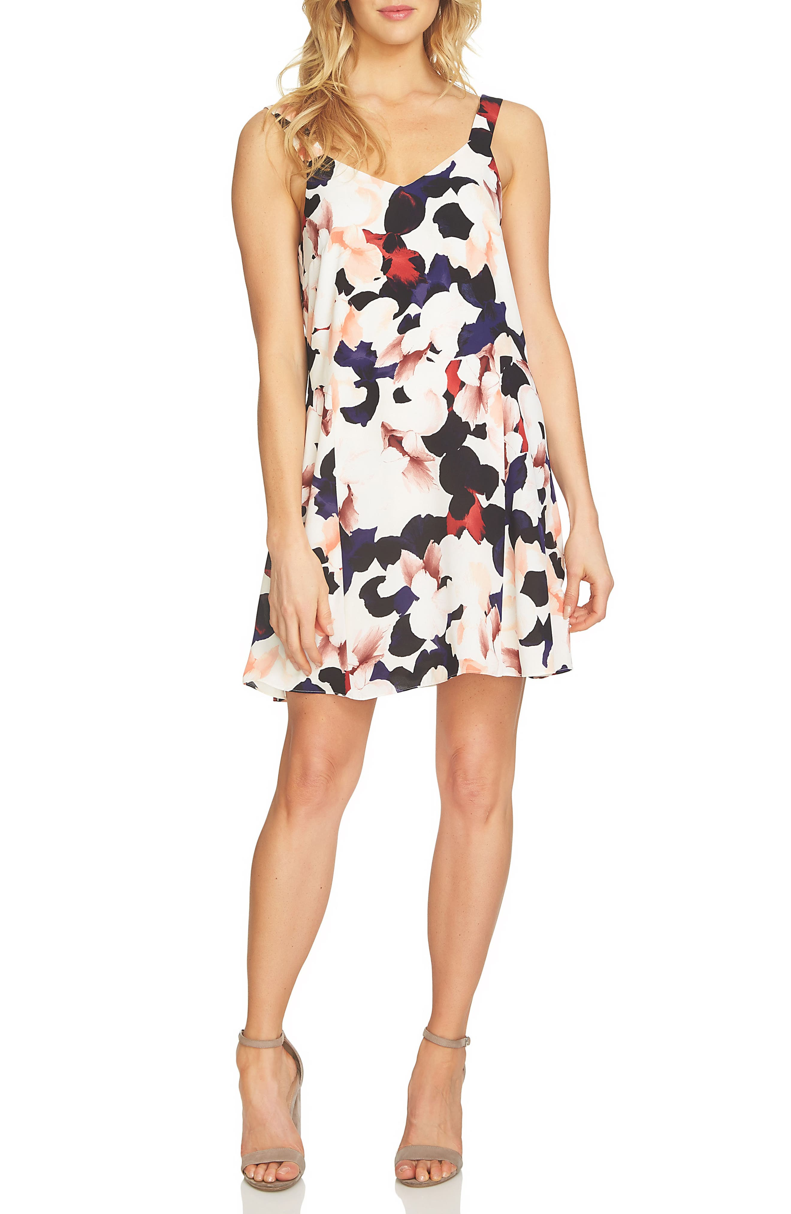 1.STATE Floral Shift Dress
