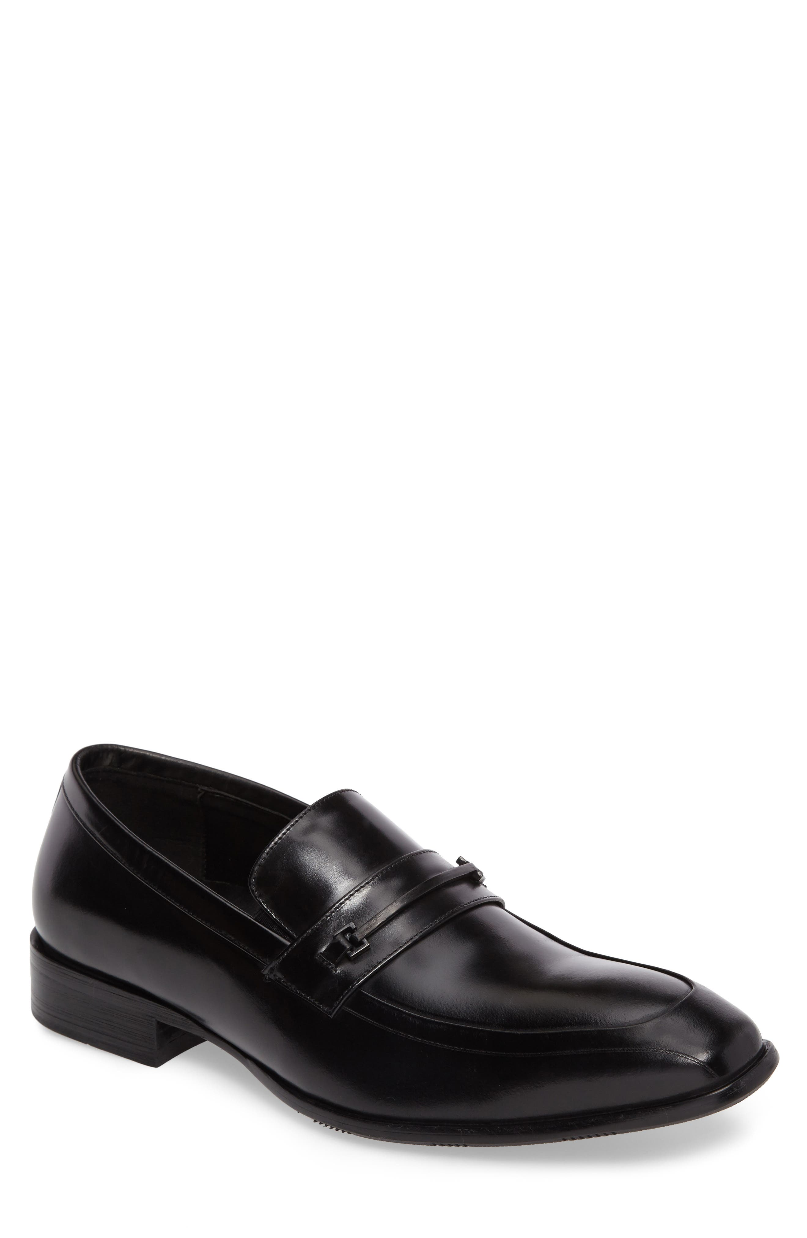 Kenneth Cole New York Apron Toe Loafer (Men)