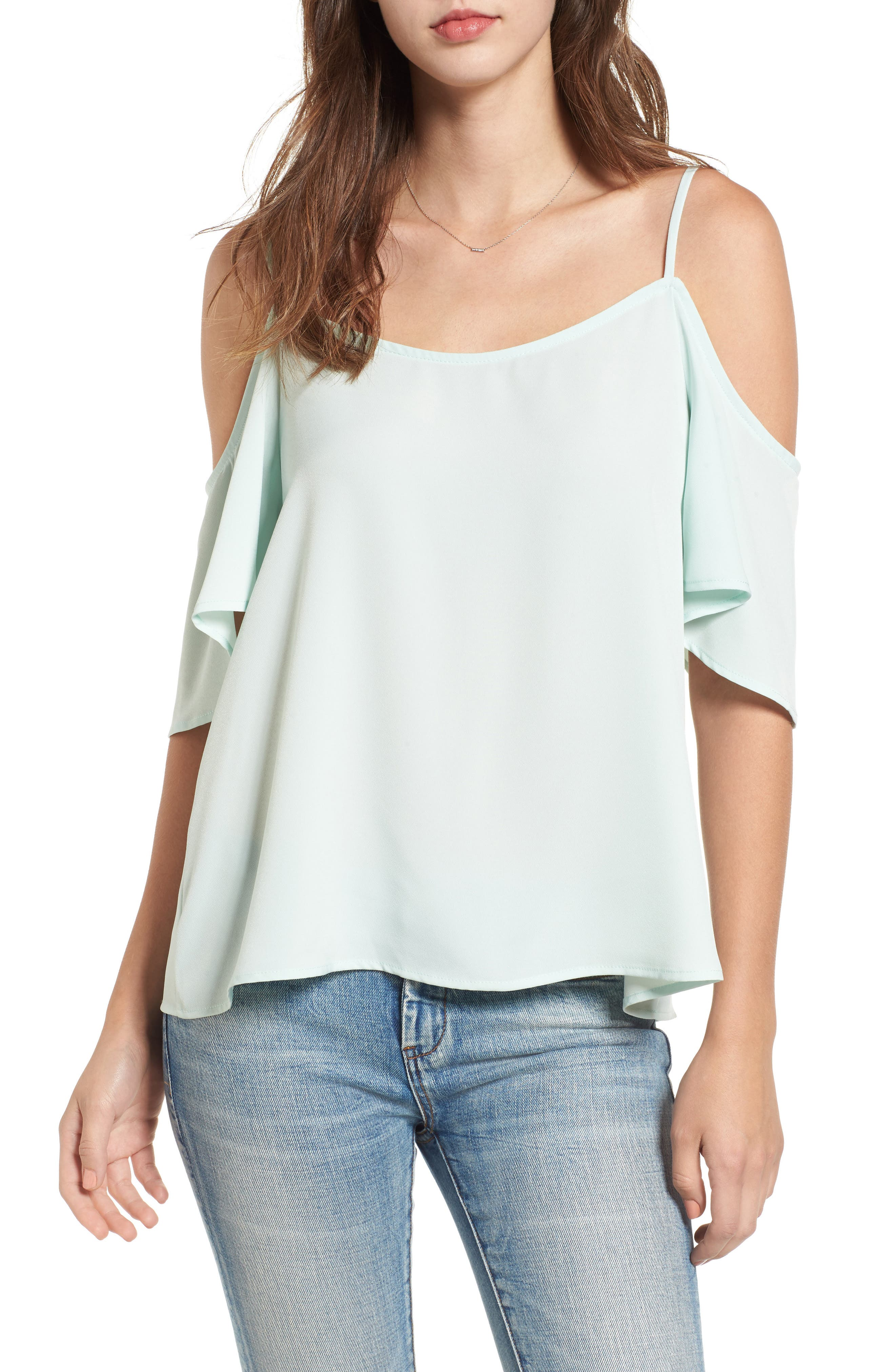 BP. Cold Shoulder Top