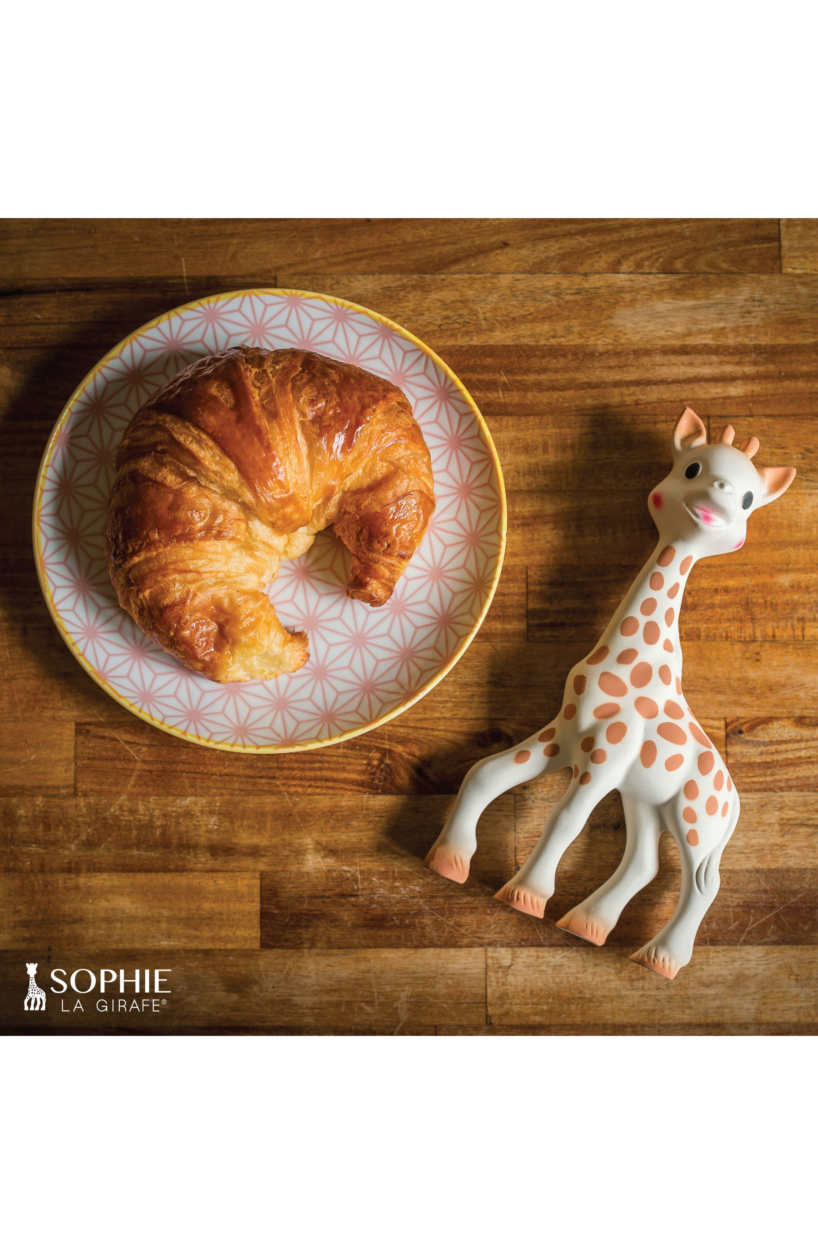 Alternate Image 23  - Sophie la Girafe Teething Toy