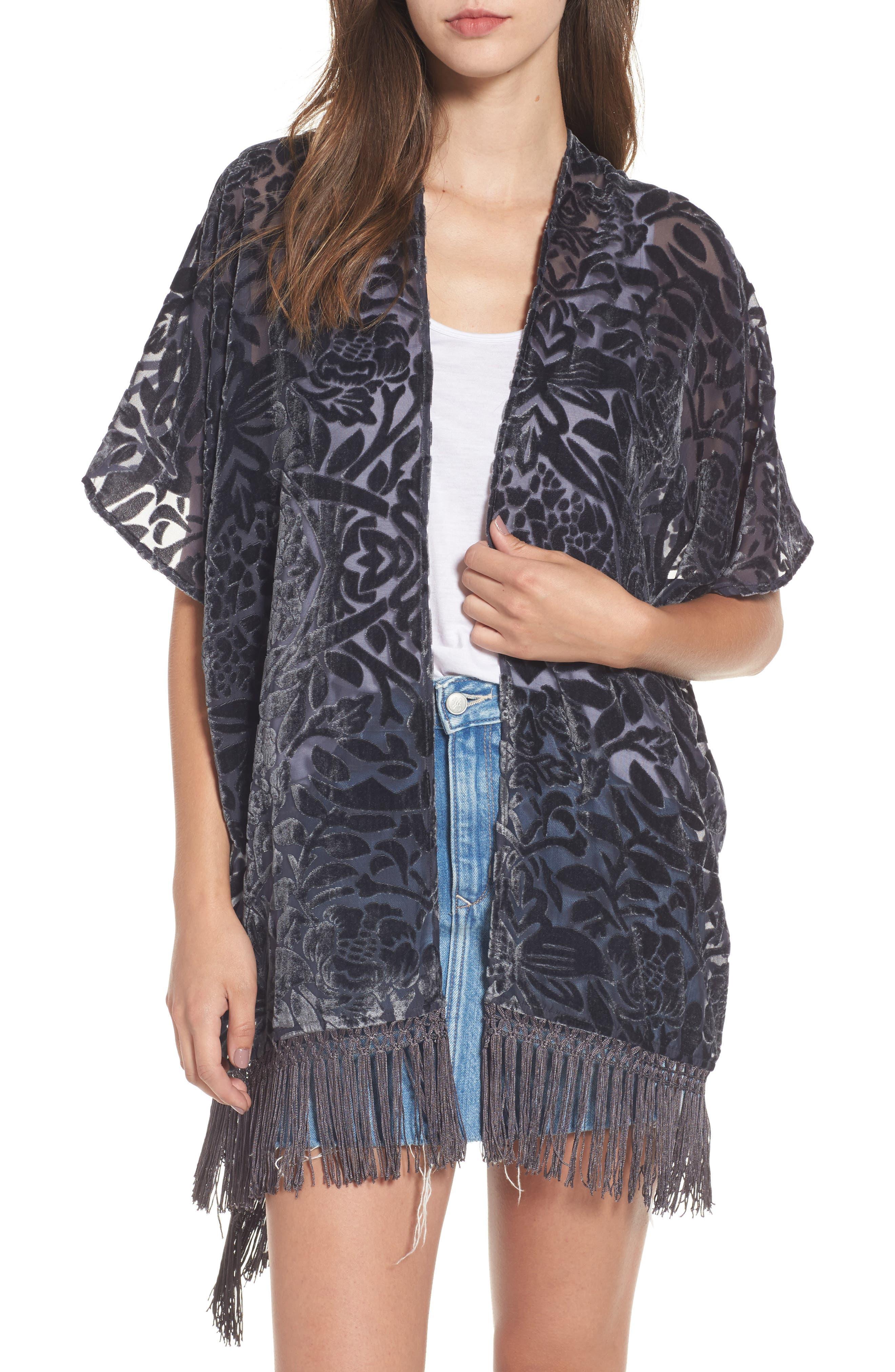 Sun & Shadow Burnout Velvet Fringe Kimono