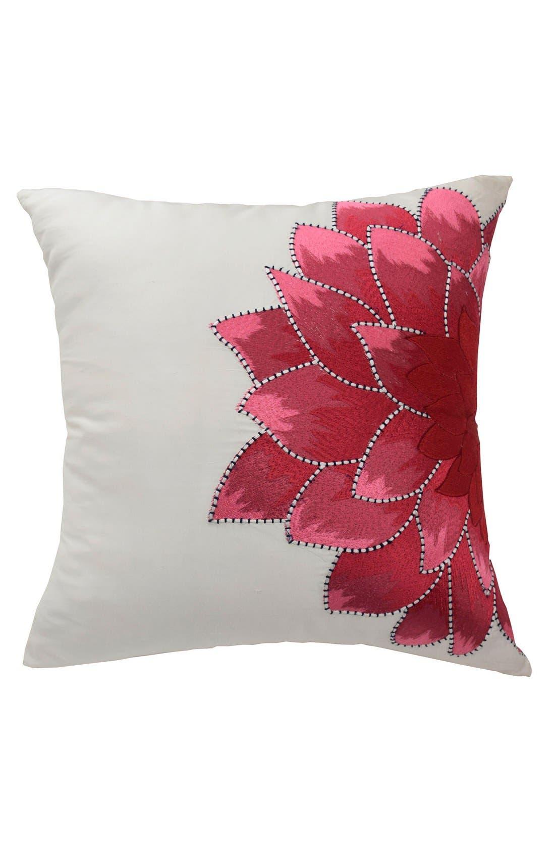 Blissliving Home 'Dahlia' Pillow