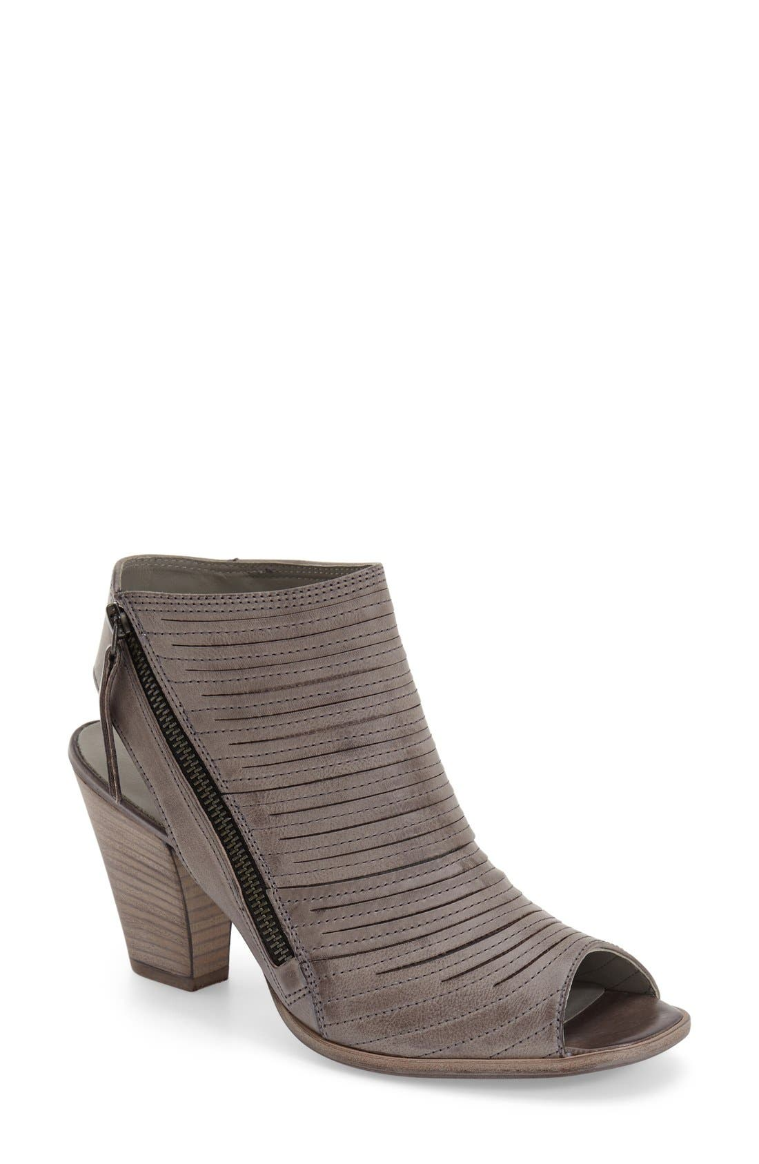 Paul Green 'Cayanne' Leather Peep Toe Sandal (Women)