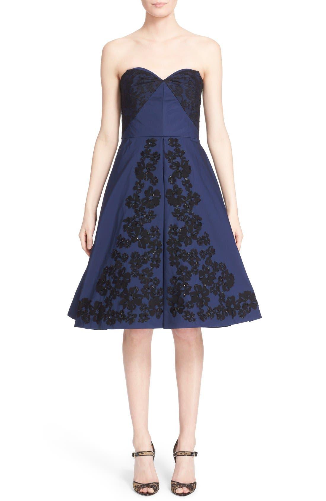 Main Image - Oscar de la Renta Floral Embellished Strapless Fit & Flare Dress