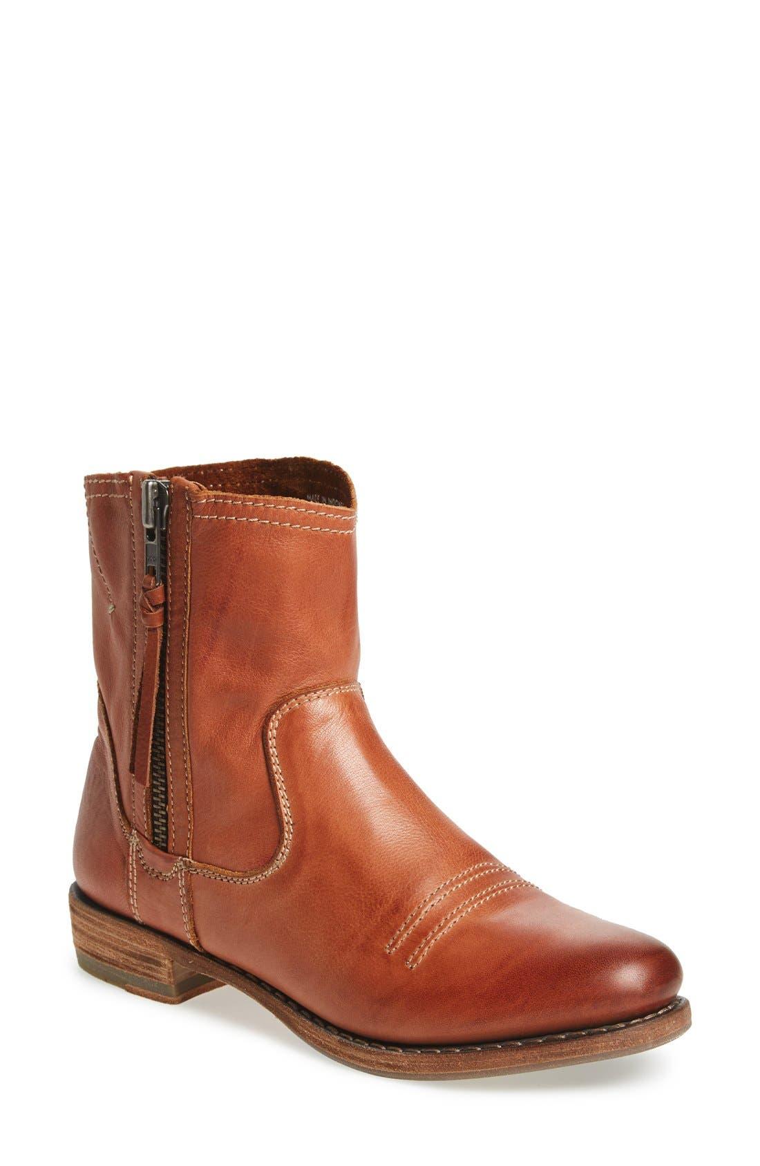 BLACKSTONE 'BW30' Ankle Boot