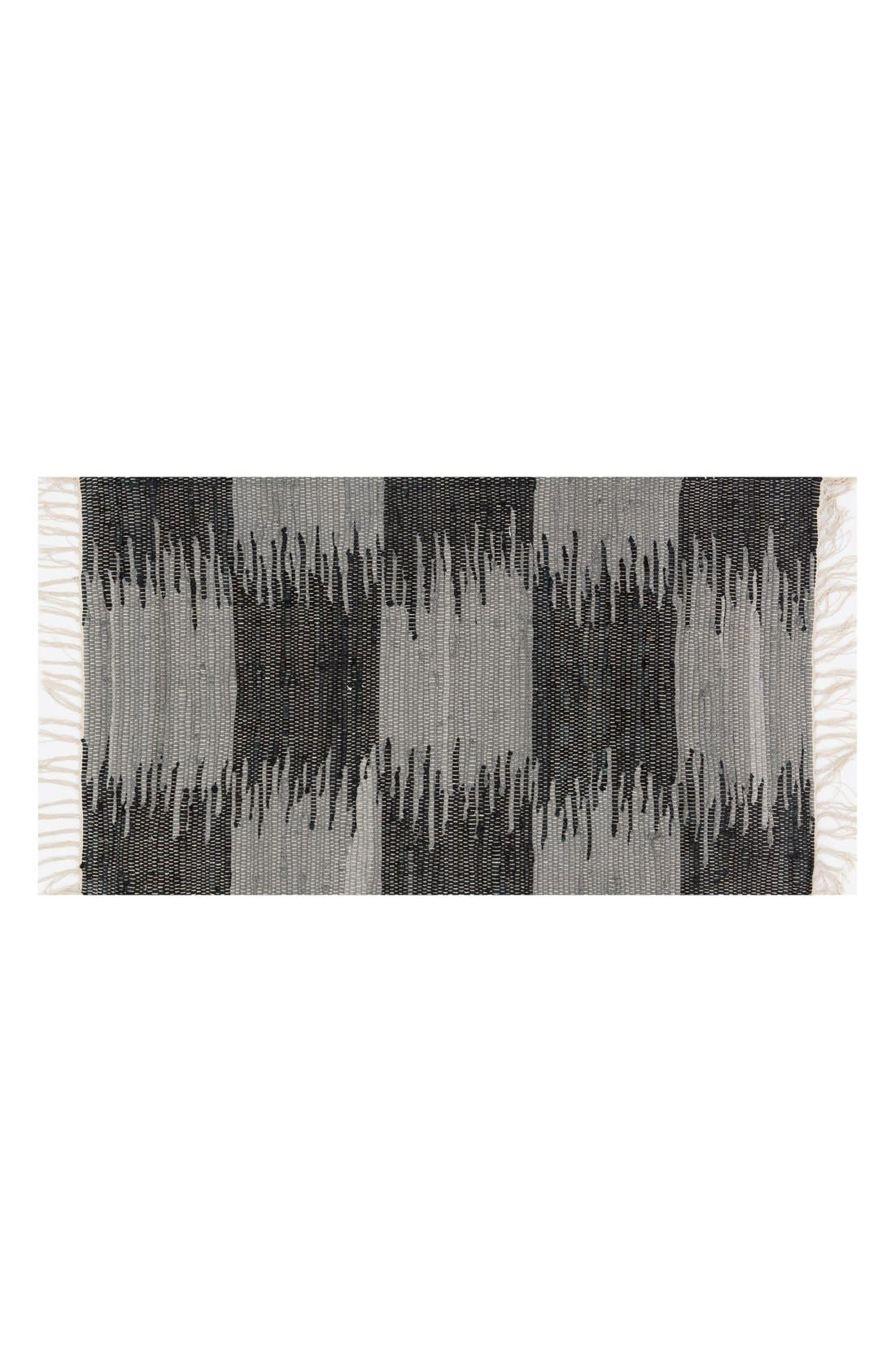 LOLOI Shilo Handwoven Fringed Scatter Rug