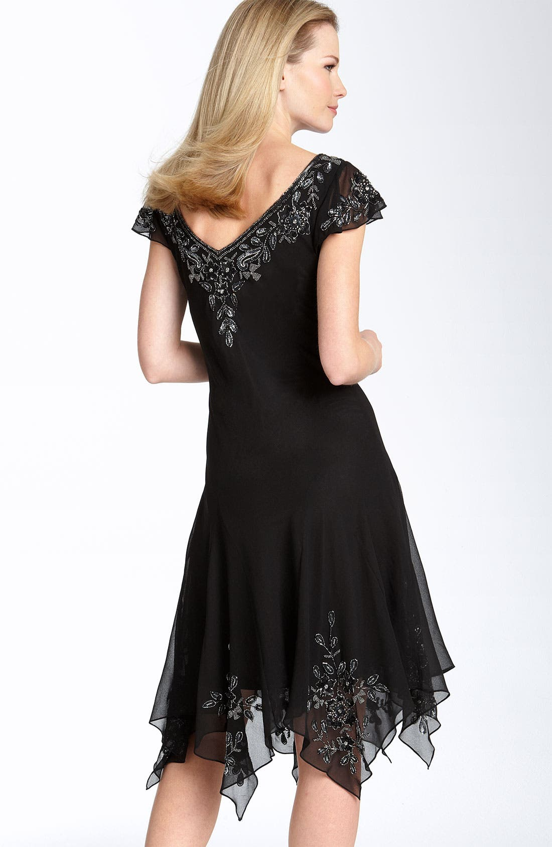 Alternate Image 2  - J Kara Beaded Flutter Sleeve Chiffon Dress