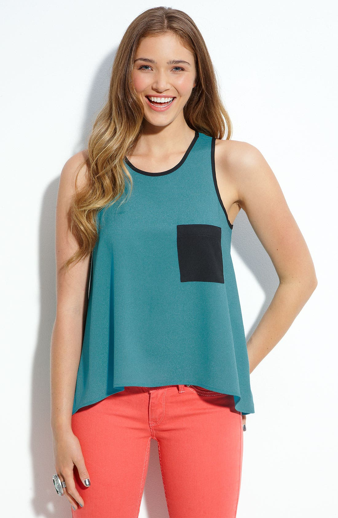 Main Image - Lily White Flowy Pocket Tank (Juniors)
