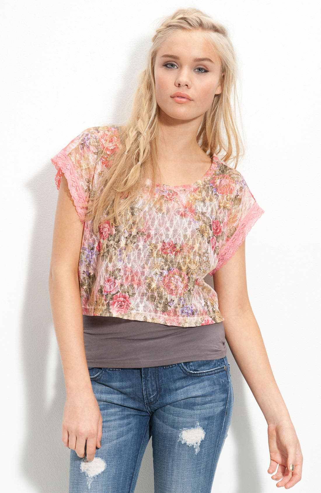 Main Image - WallpapHer Floral Lace Cropped Top (Juniors)