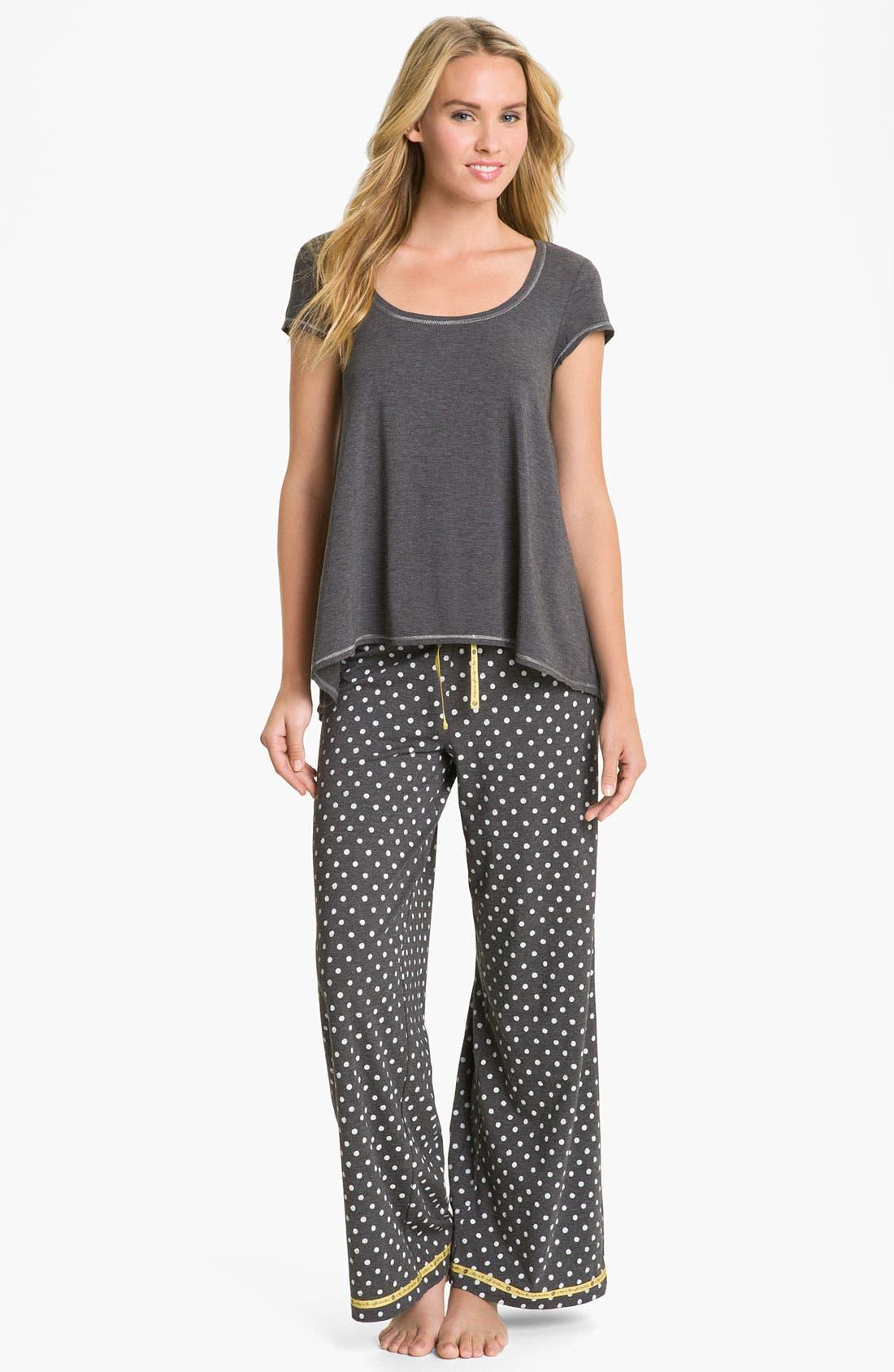 Alternate Image 4  - Hue 'Watercolor Dot' Pajama Pants