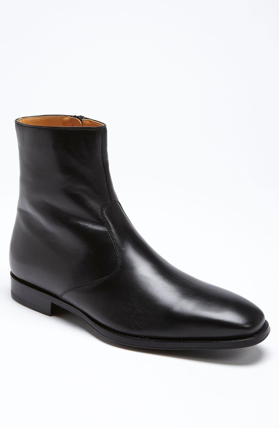 Alternate Image 1 Selected - Magnanni Donosti Zip Boot (Men)