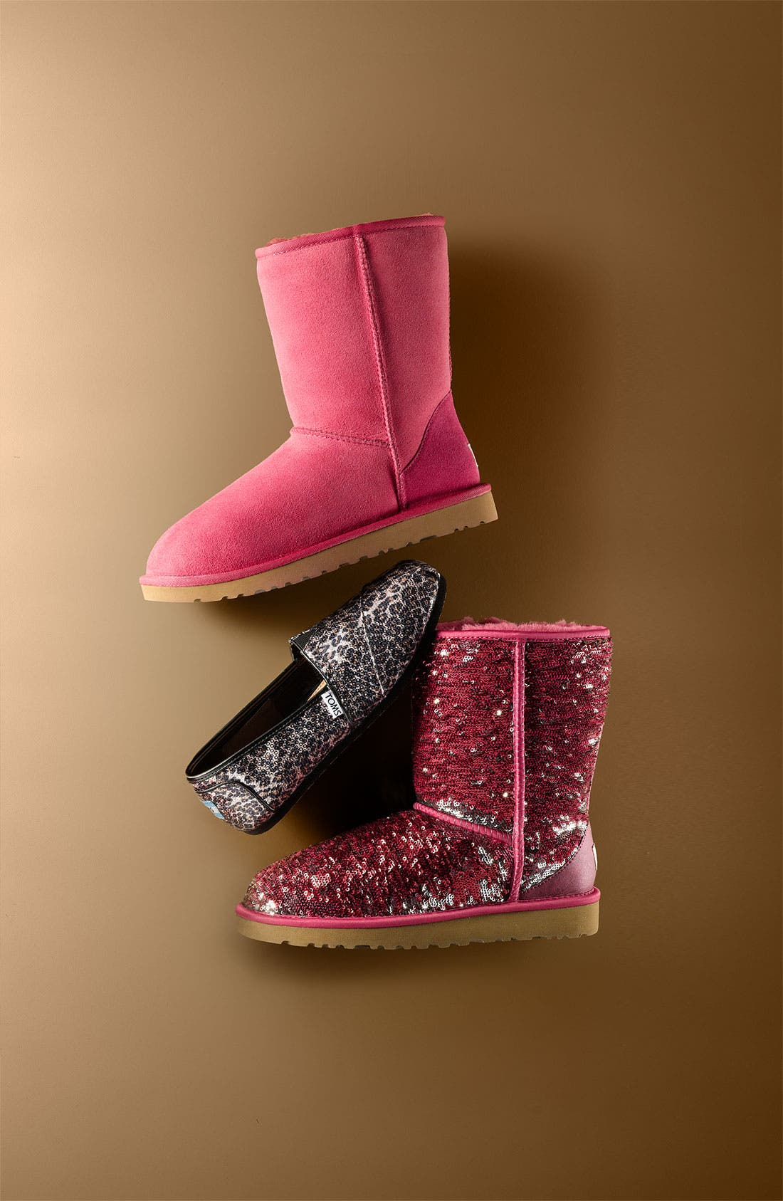 Alternate Image 8  - UGG® 'Classic Short' Boot (Women)