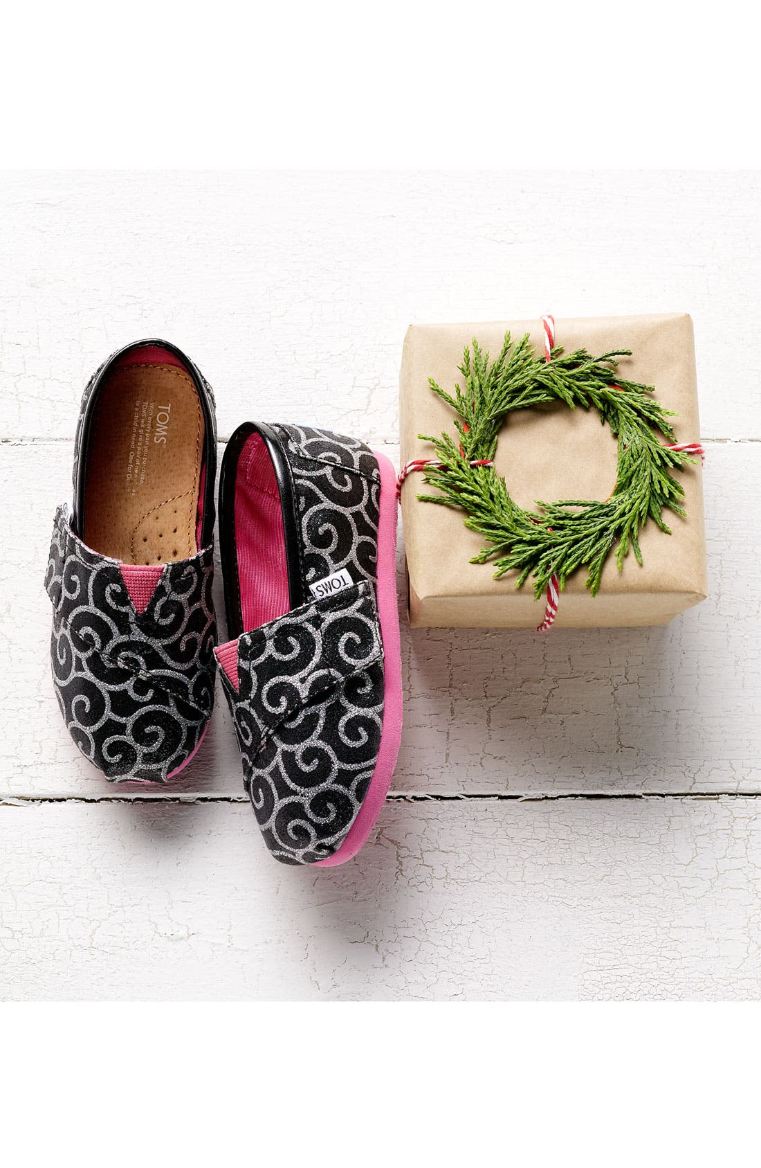 Alternate Image 5  - TOMS 'Classic Tiny - Glitter' Print Slip-On (Baby, Walker & Toddler) (Nordstrom Exclusive)
