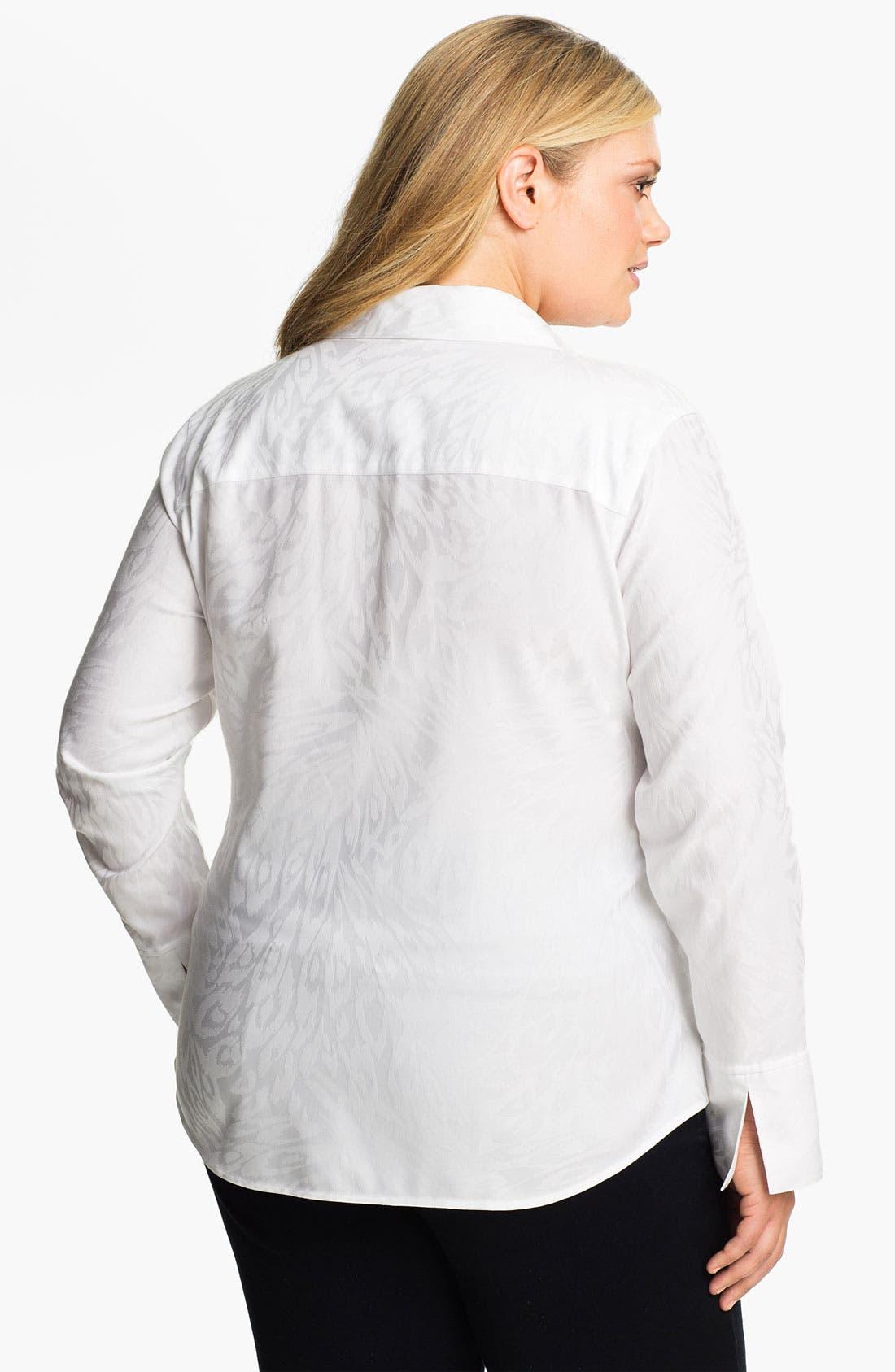 Alternate Image 2  - Foxcroft Animal Jacquard Shaped Shirt (Plus)