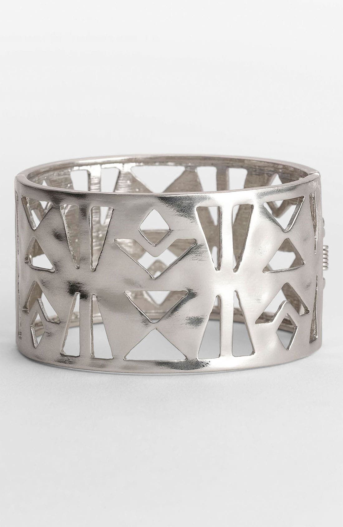 Alternate Image 1 Selected - Nordstrom Tribal Cutout Hinged Bangle