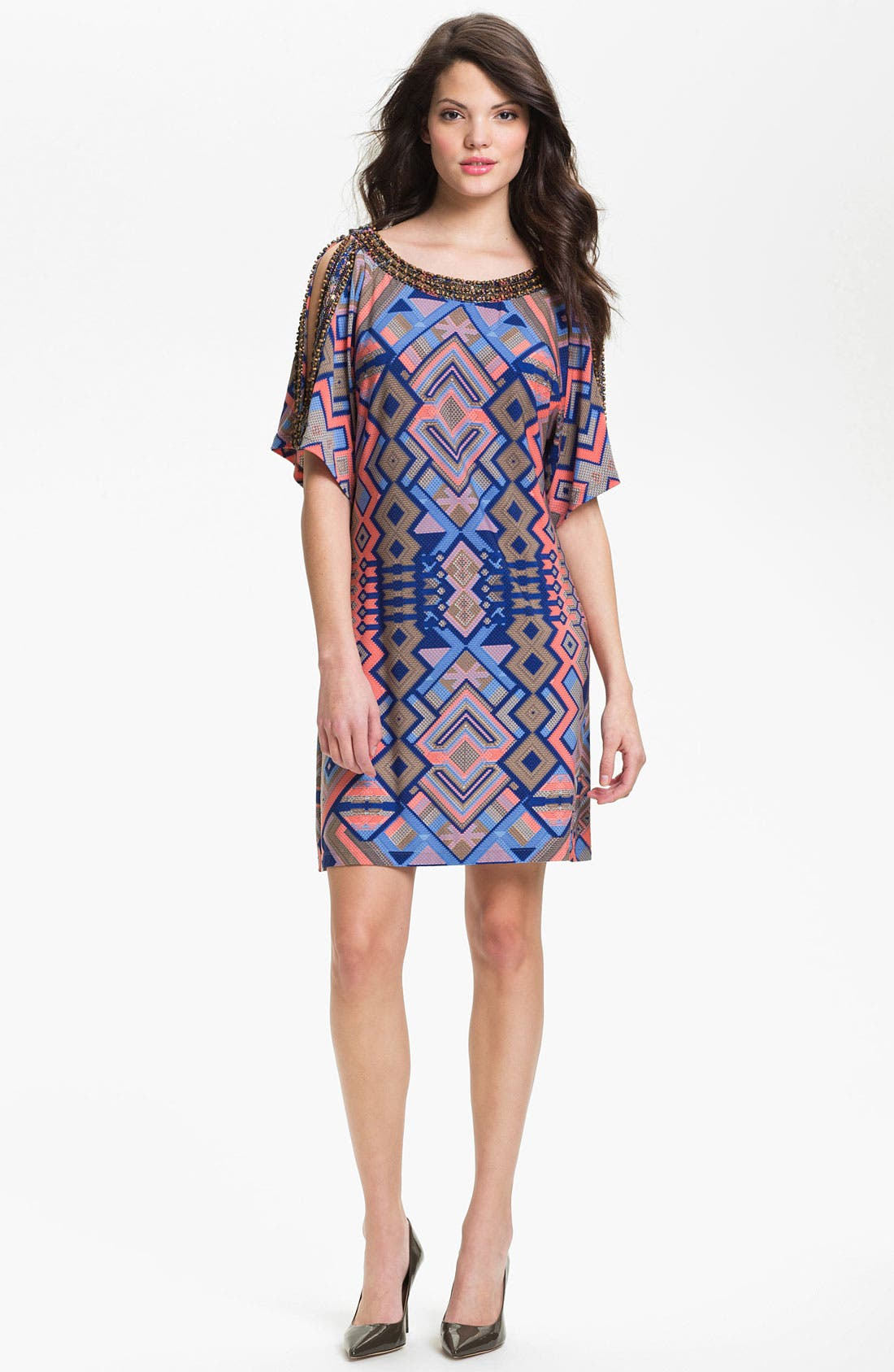 Main Image - Donna Morgan 'Becca' Embellished Print Shift Dress