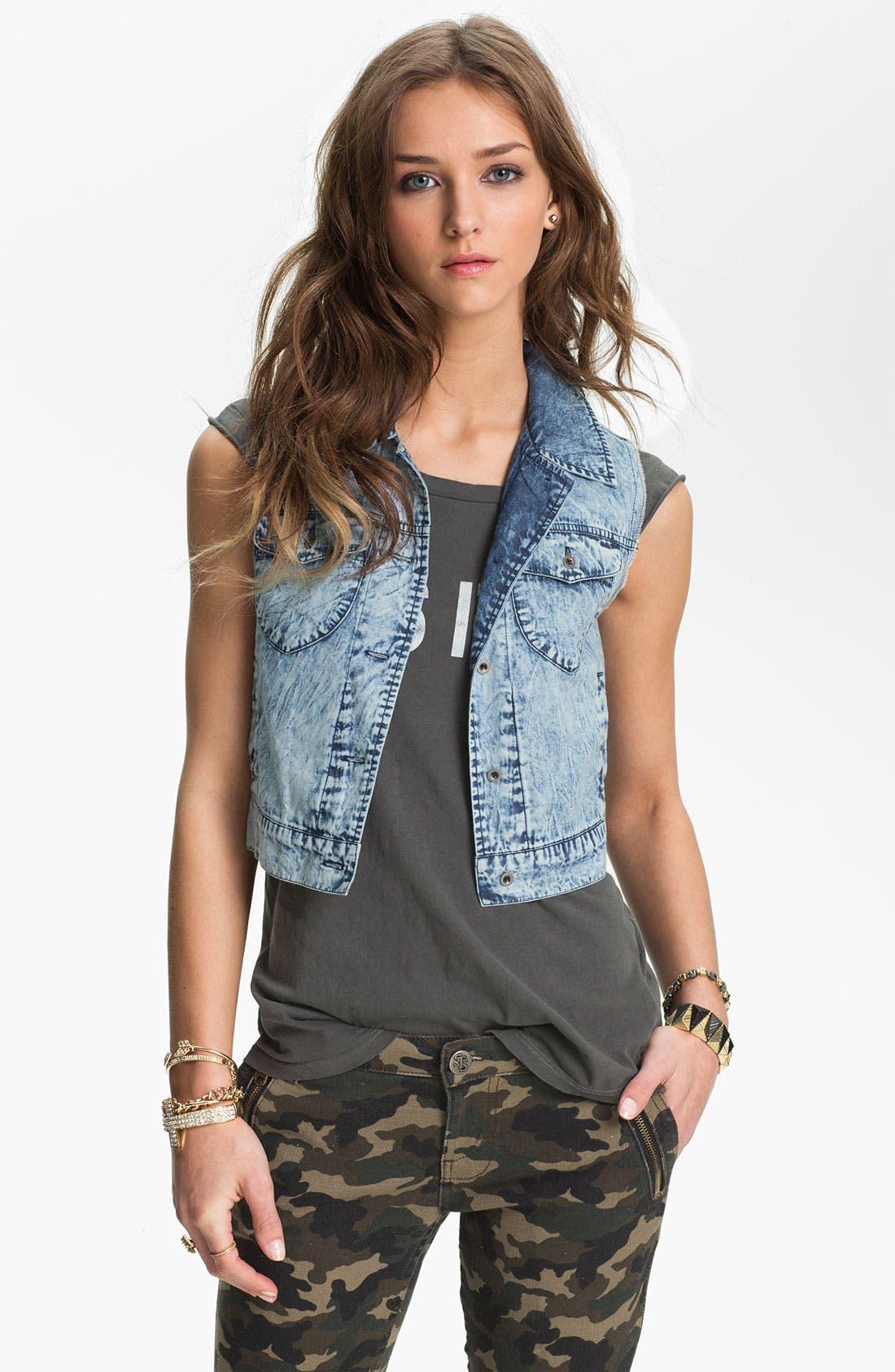 Main Image - Mimi Chica Acid Wash Crop Vest (Juniors)