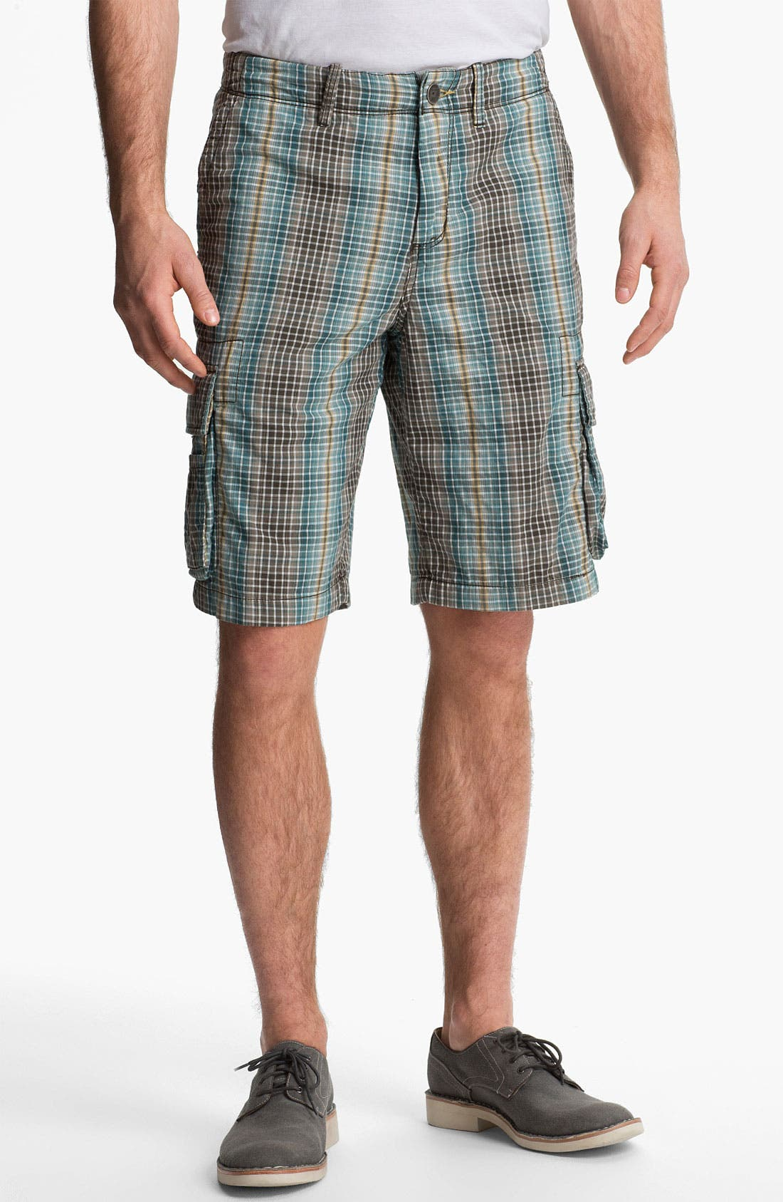 Main Image - Tommy Bahama Denim 'Face Off' Cargo Shorts (Online Only)