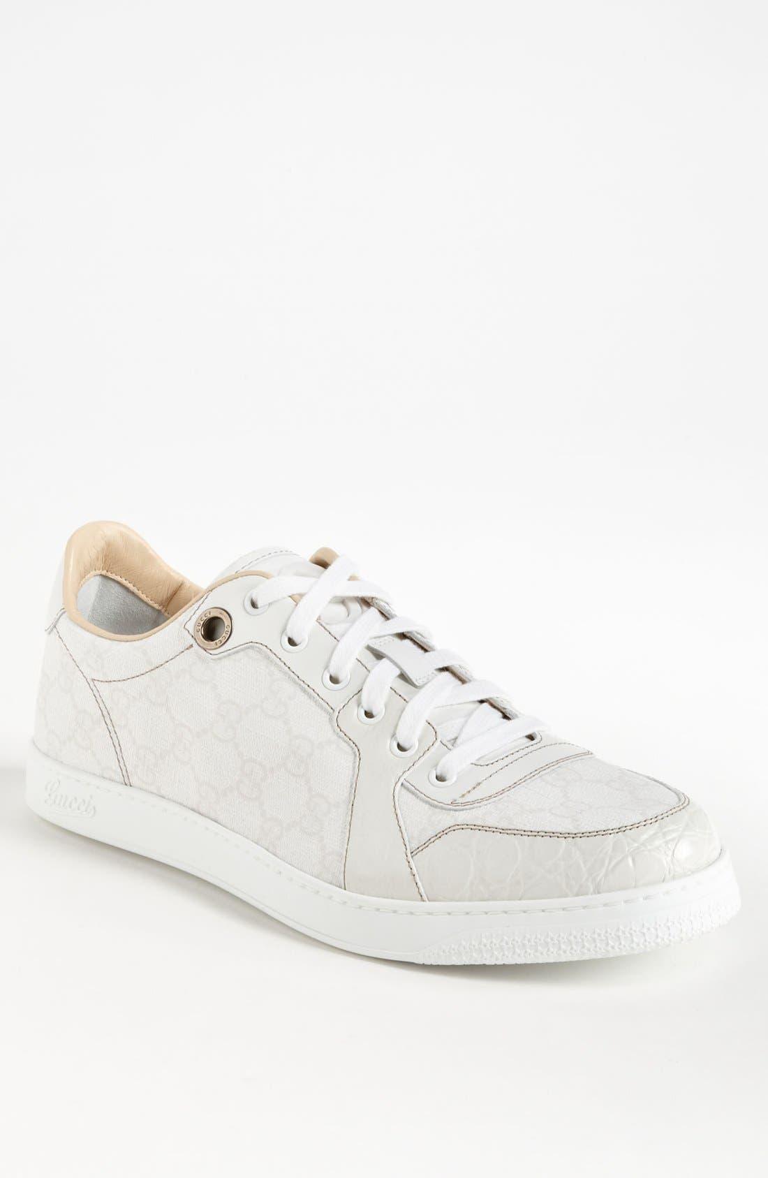 Alternate Image 1 Selected - Gucci 'Coda Low' Sneaker