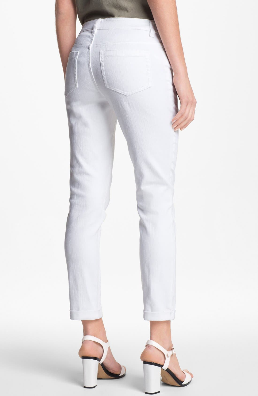 Alternate Image 2  - Two by Vince Camuto Cuff Crop Jeans (Petite)