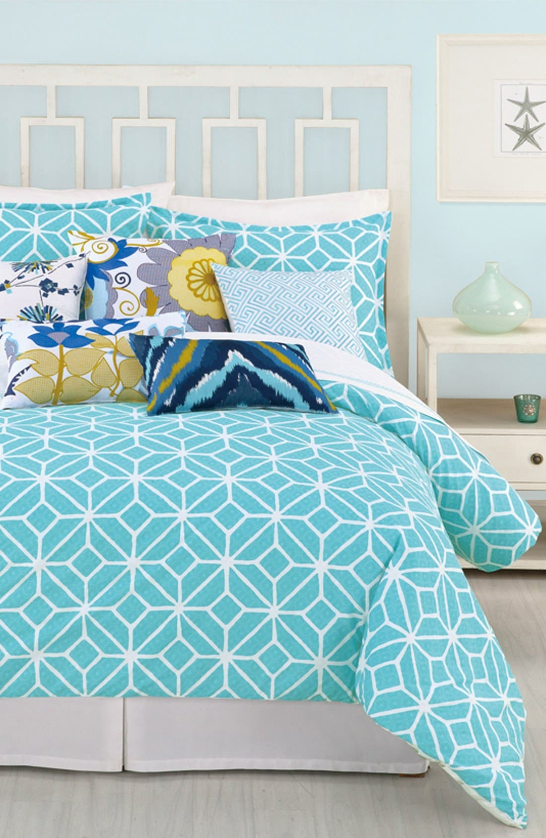 Main Image - Trina Turk 'Trellis' Twin Comforter & Shams