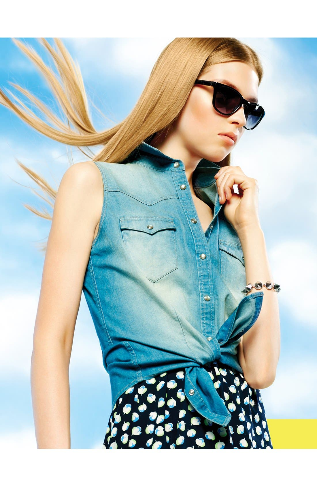 Alternate Image 6  - Two by Vince Camuto Sleeveless Chambray Shirt