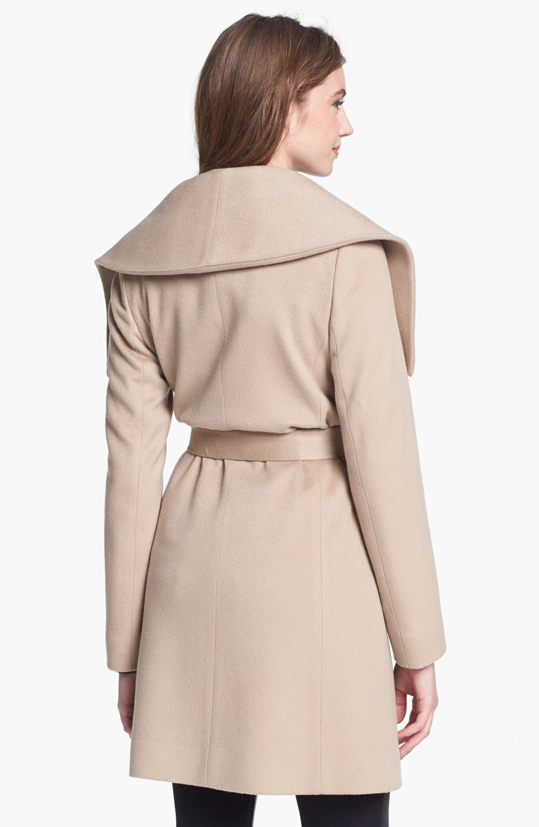 Alternate Image 2  - Fleurette Oversized Collar Wool Wrap Coat