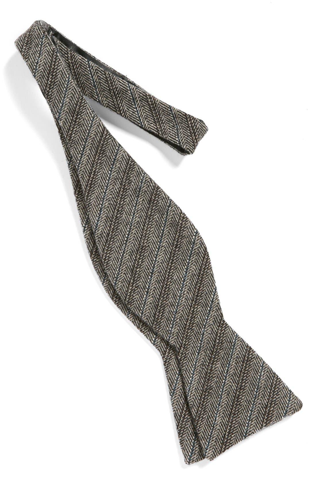 Alternate Image 2  - The Tie Bar Wool Bow Tie
