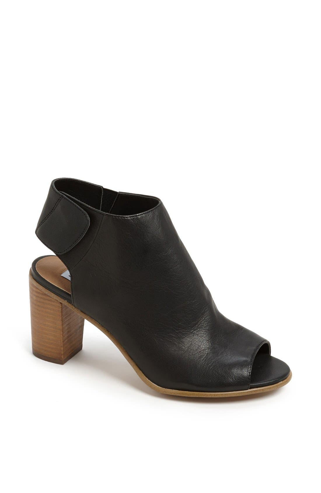 Alternate Image 1 Selected - Steve Madden 'Nonstp' Bootie