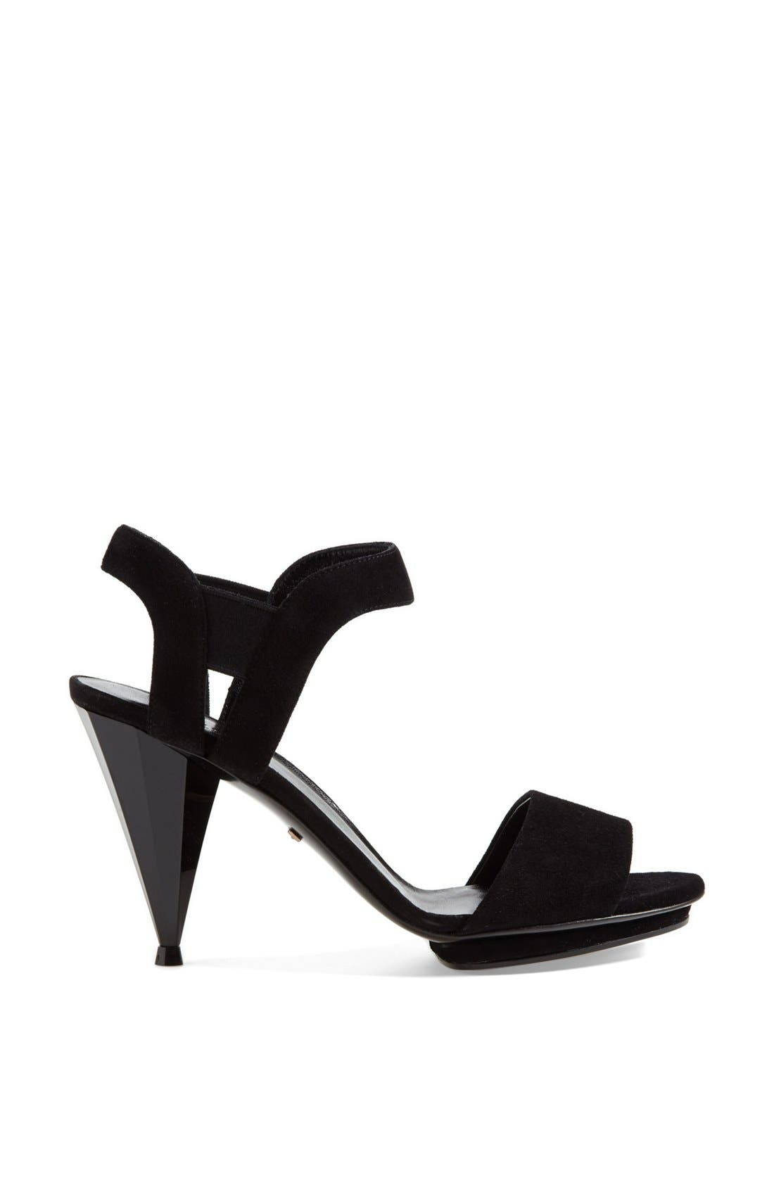 Alternate Image 4  - Gucci 'Liberty' Sandal