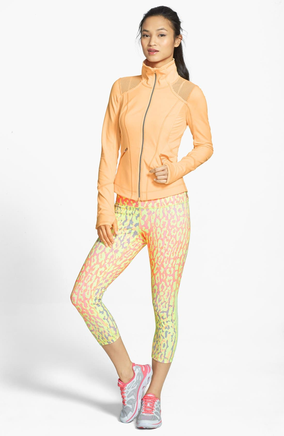 Alternate Image 3  - Zella 'Live In - Streamline' Mesh Inset Capri Leggings