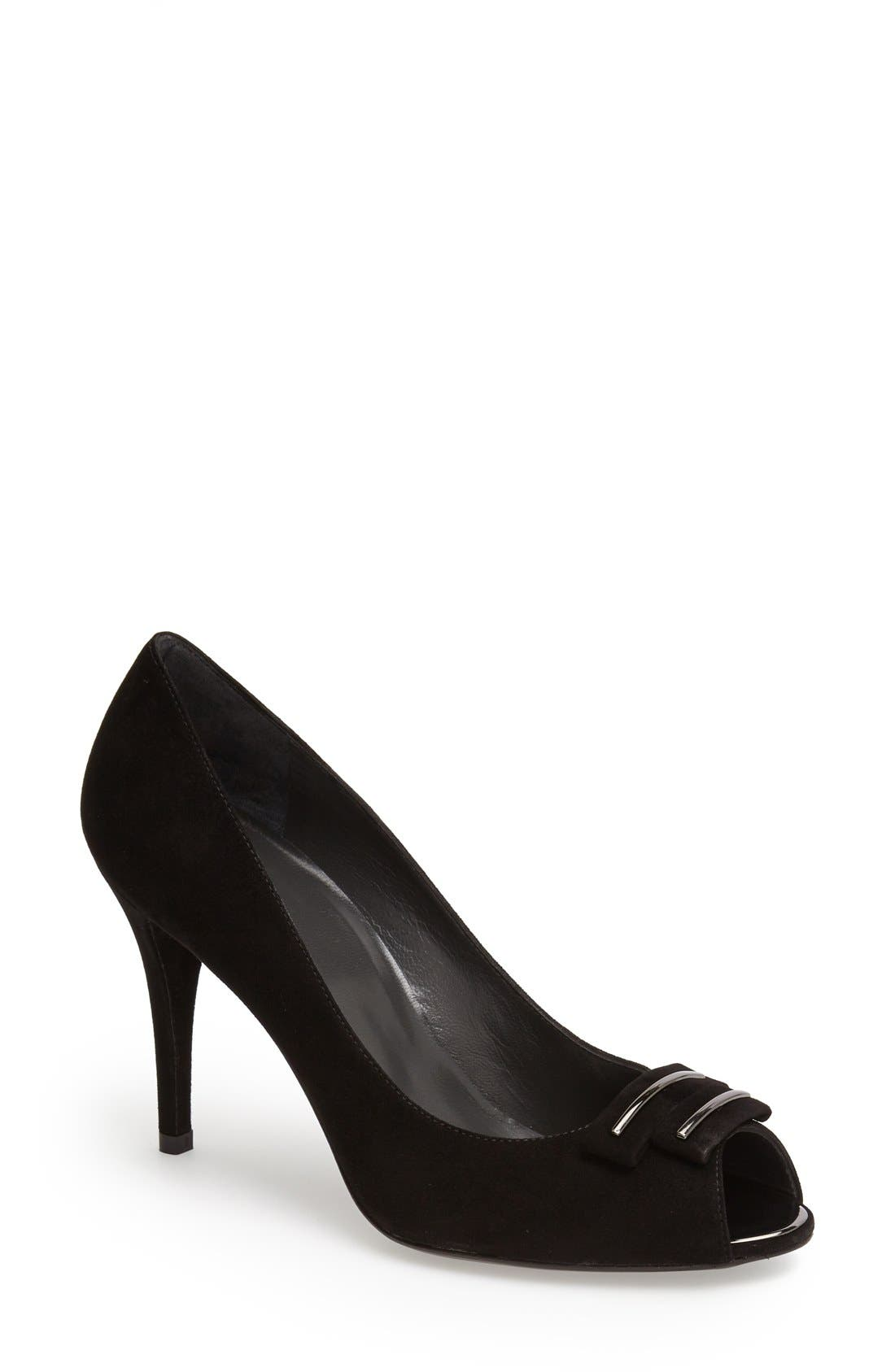 Alternate Image 1 Selected - Stuart Weitzman 'Baroque' Leather Pump (Women)
