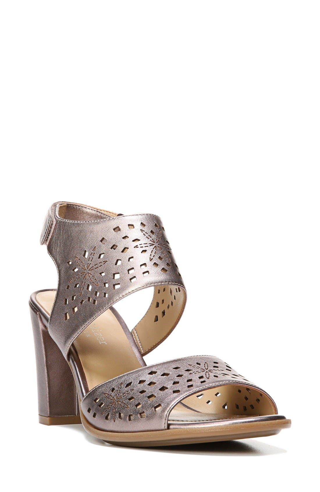 Naturalizer Zinna Perforated Sandal (Women)
