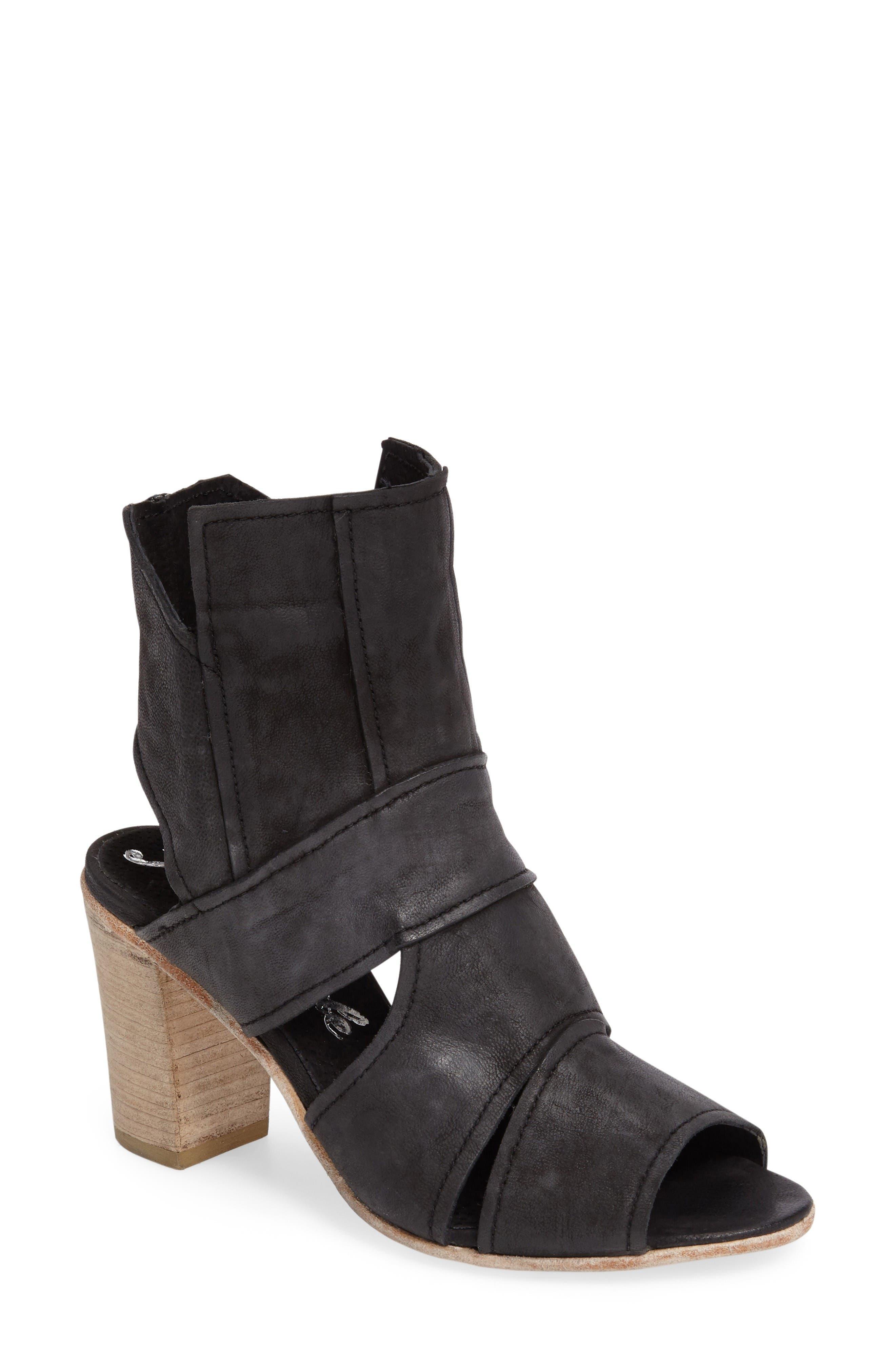 Free People Effie Block Heel Sandal (Women)