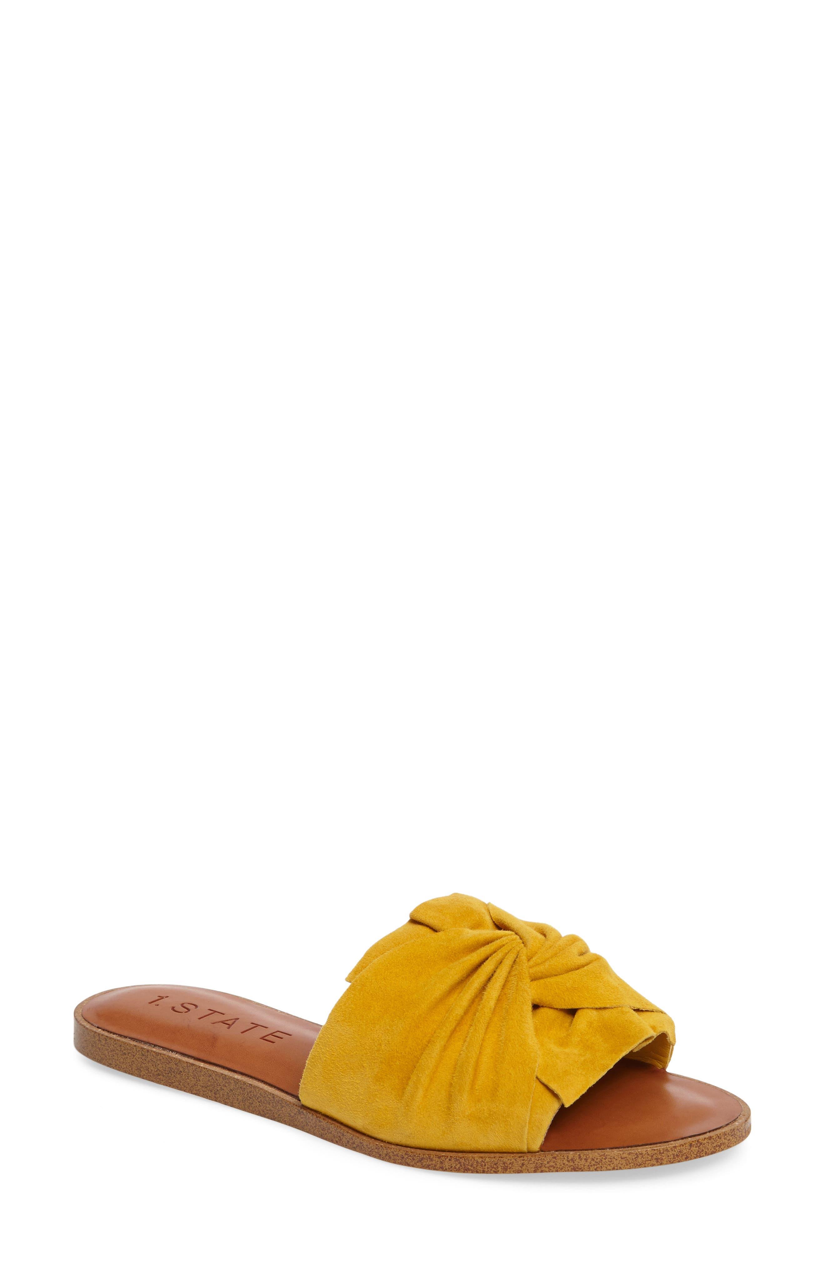 1.STATE Chevonn Slide Sandal