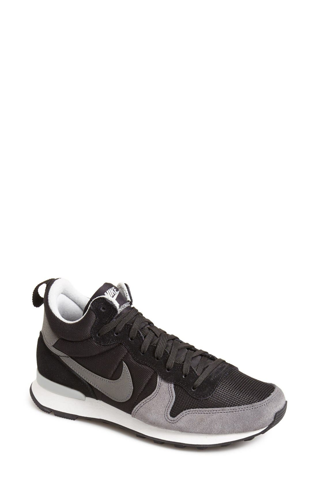 Main Image - Nike 'Internationalist Mid' Sneaker (Women)