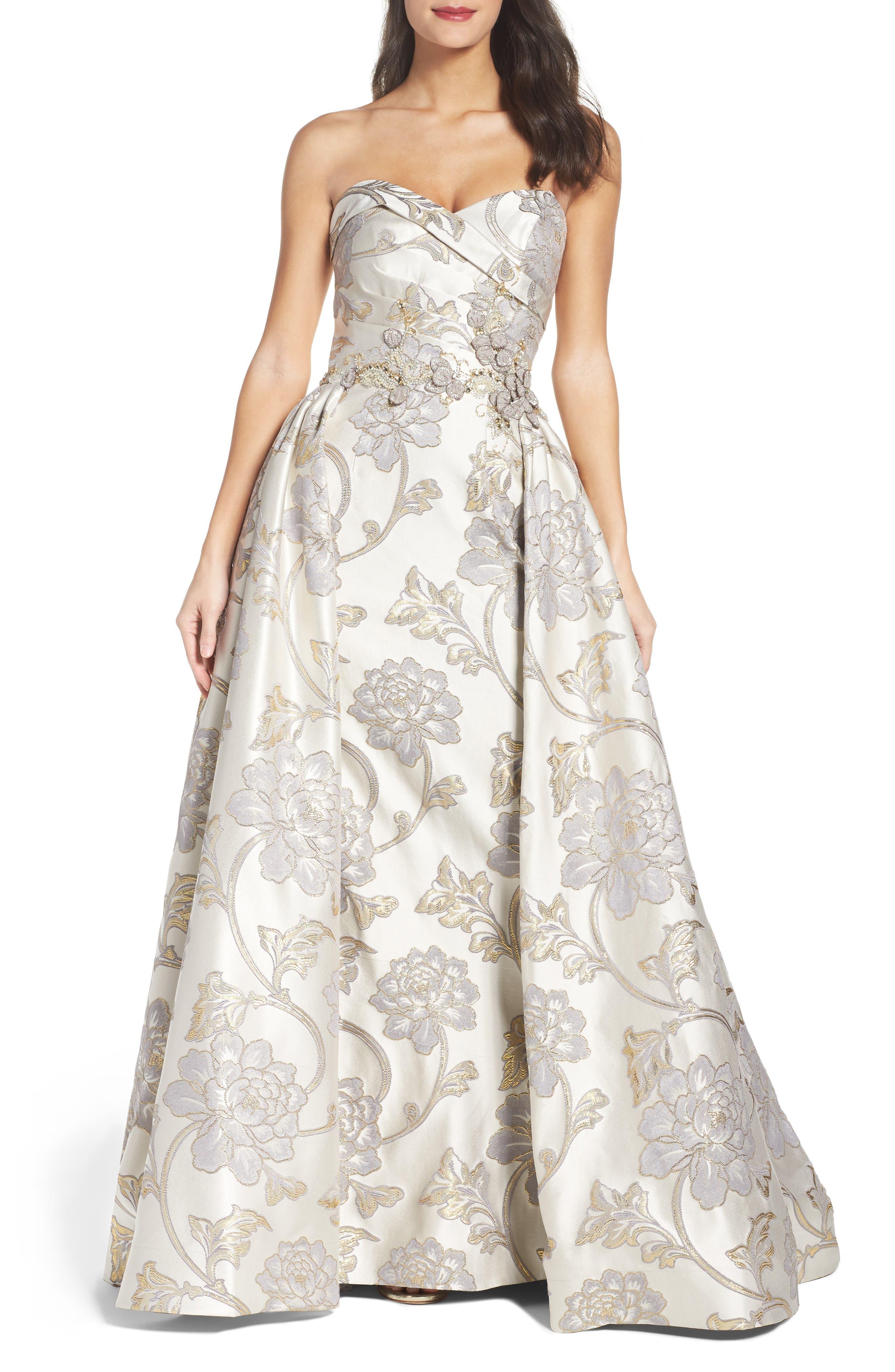 Alternate Image 1 Selected - Mac Duggal Metallic Brocade Gown