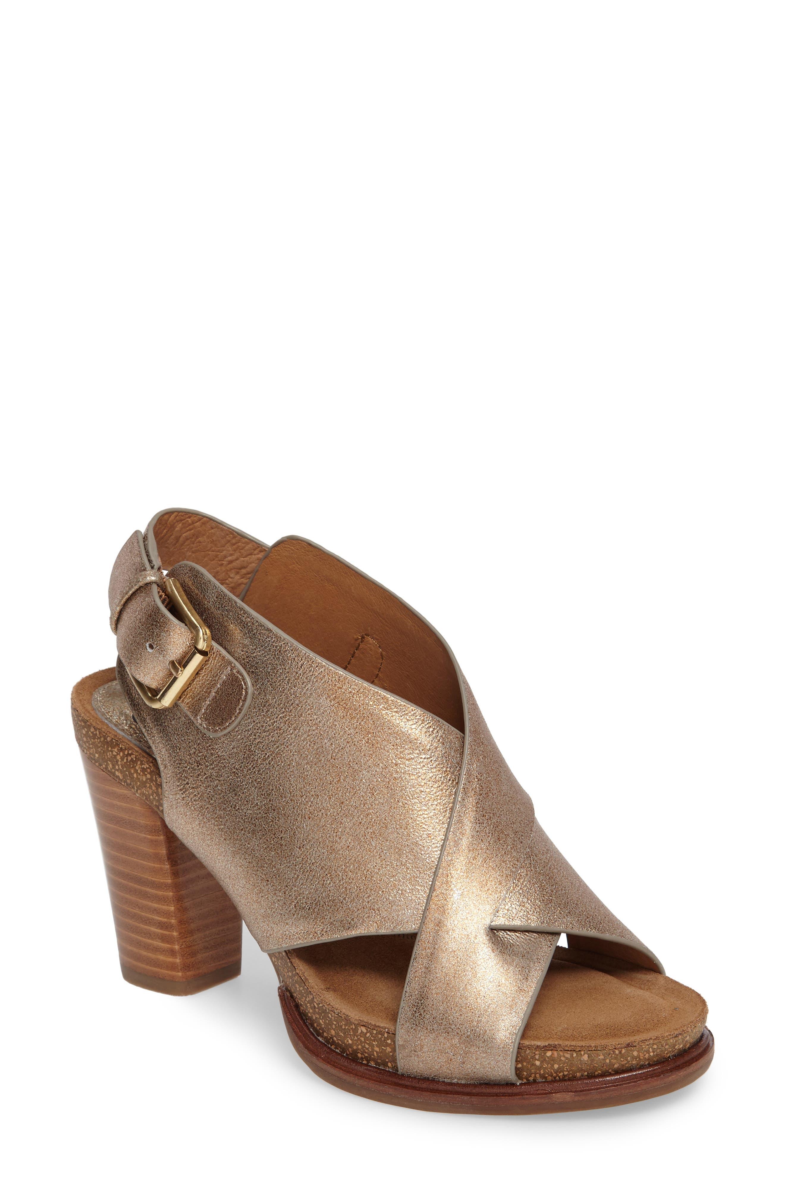Söfft Cambria Platform Sandal (Women)