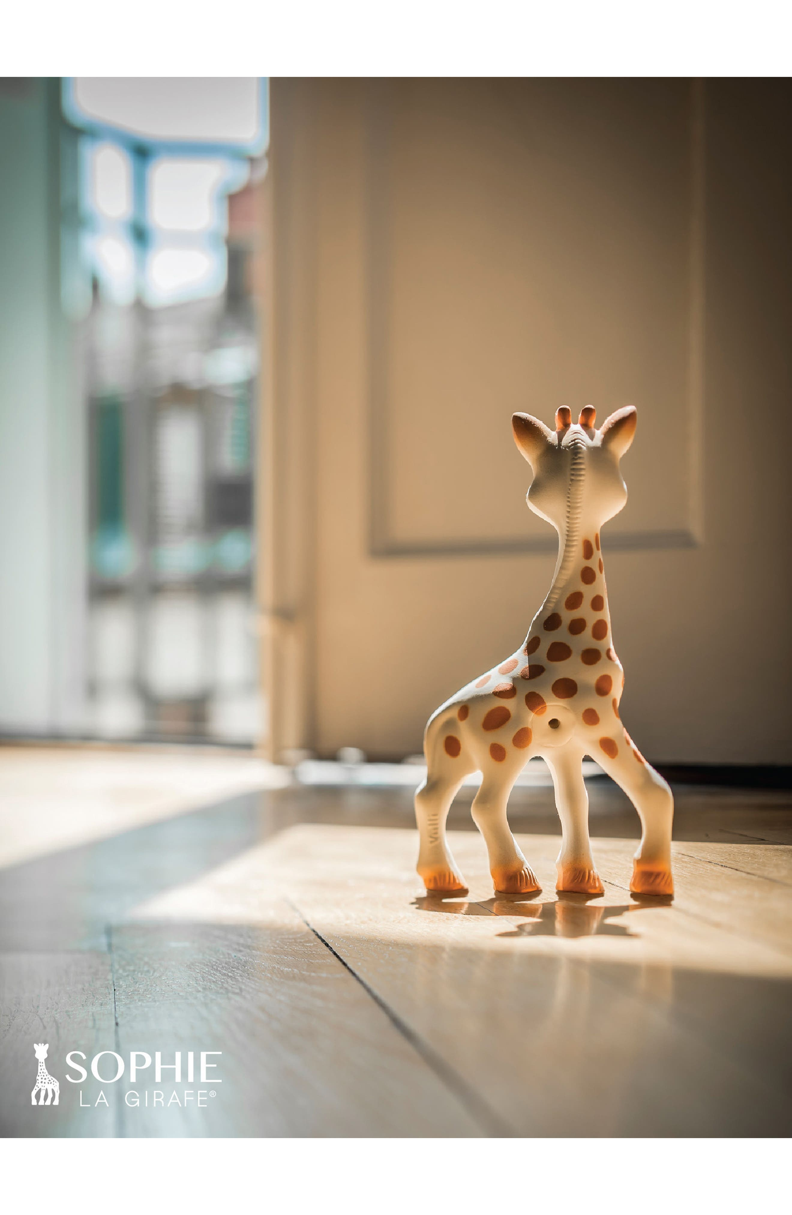Alternate Image 16  - Sophie la Girafe Teething Toy