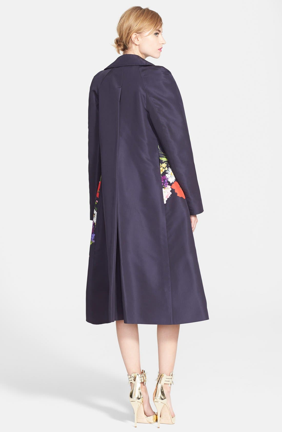 Alternate Image 2  - Oscar de la Renta Floral Print Silk Faille Trench Coat