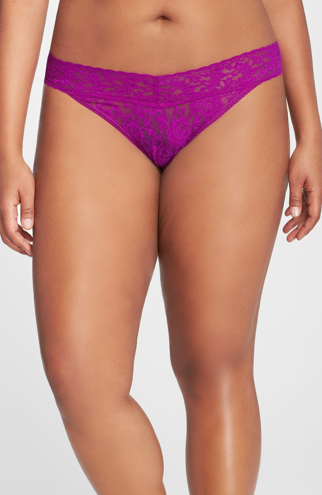 Hanky Panky Signature Lace Regular Rise Thong (Plus Size) (Online Only)