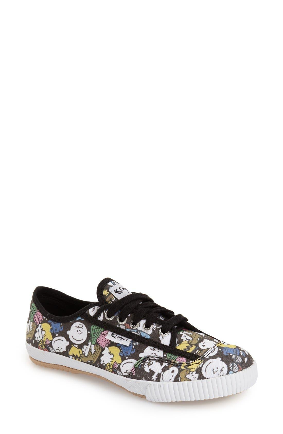 FEIYUE. 'Fe Lo - Peanuts' Canvas Sneaker