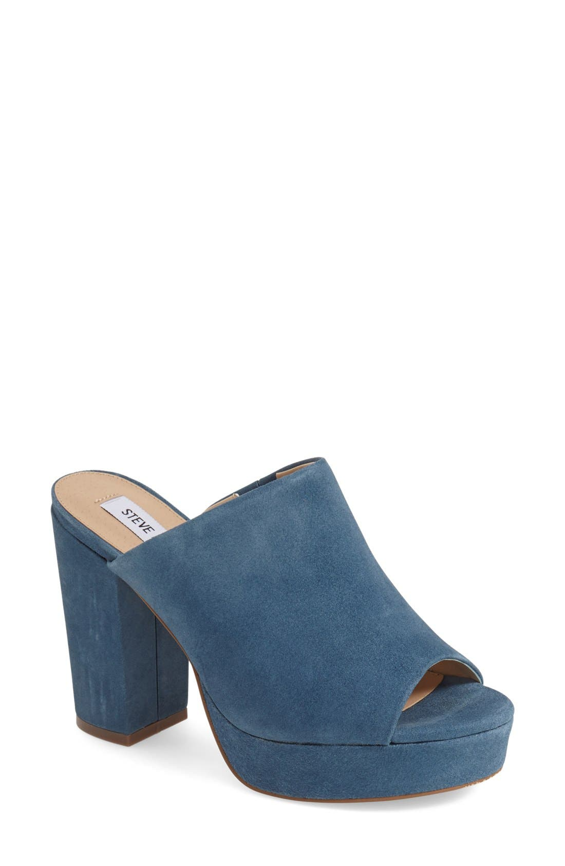 Alternate Image 1 Selected - Steve Madden 'Stonnes' Platform Sandal (Women)