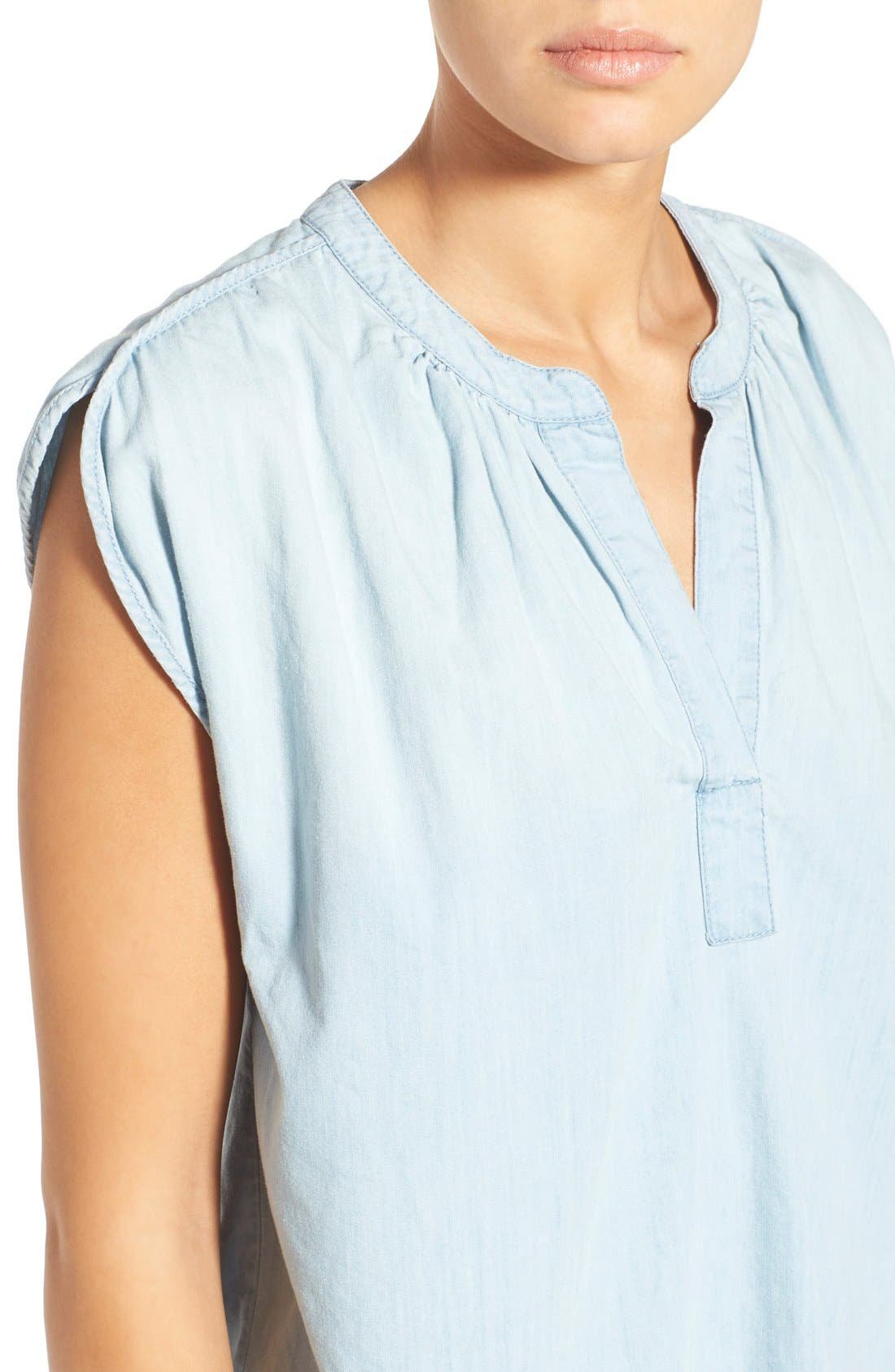 Alternate Image 4  - Madewell 'Summer' Chambray Popover Top