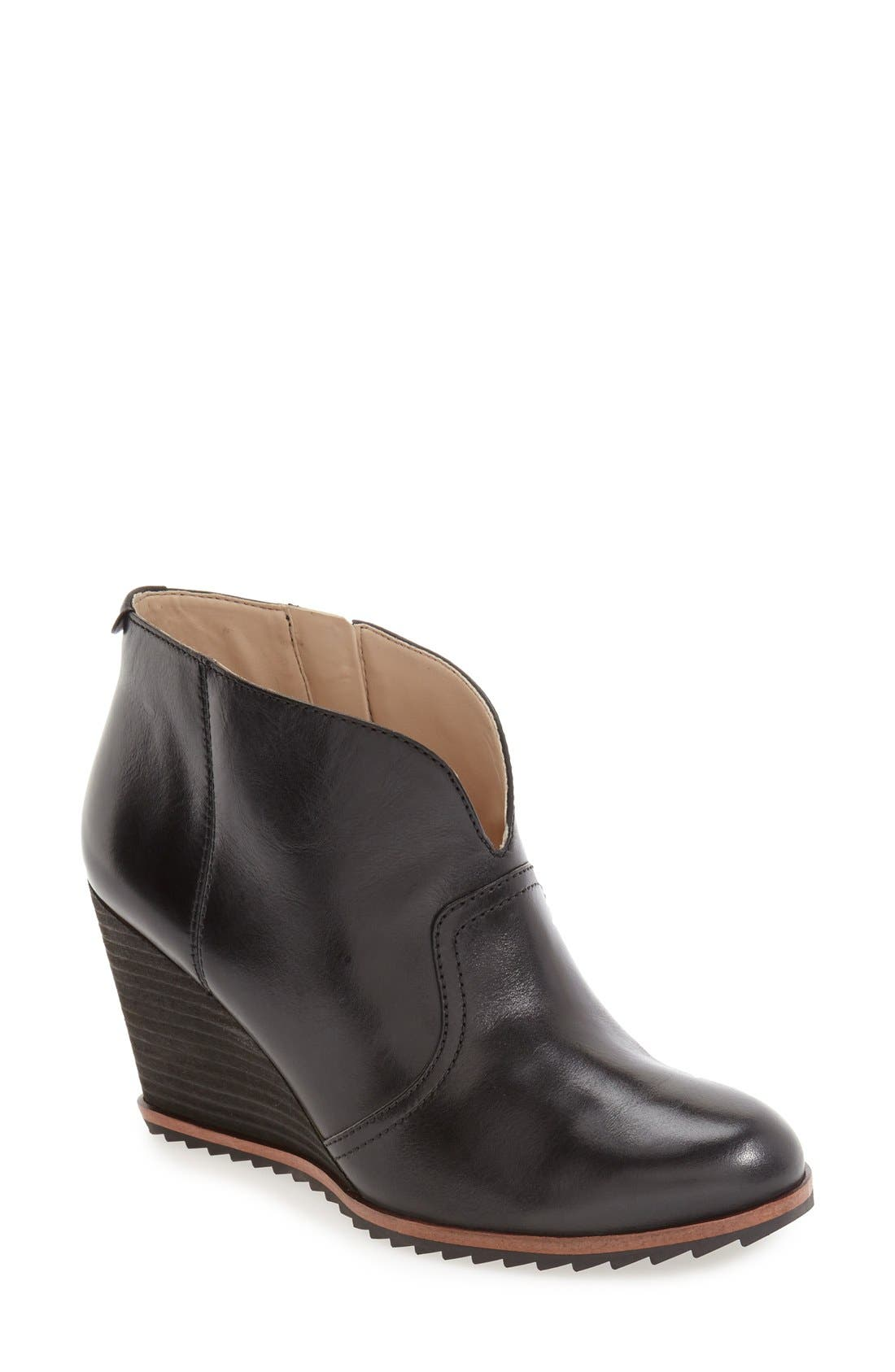 Dr. Scholl's 'Inda' Wedge Bootie (Women)