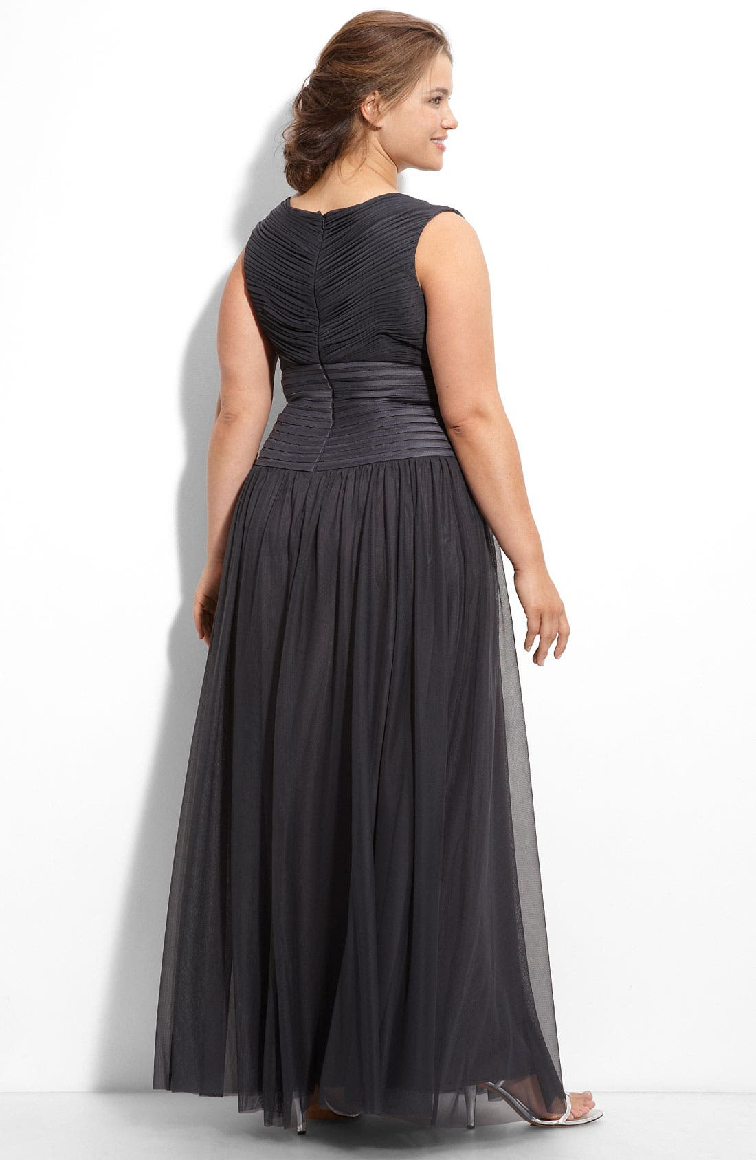 Alternate Image 4  - JS Collections Off the Shoulder Mesh Gown