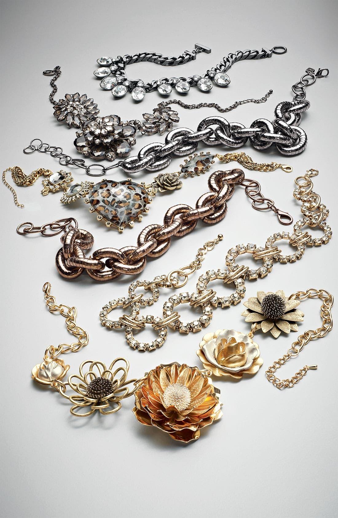 Alternate Image 3  - Sequin Textured Status Link Necklace