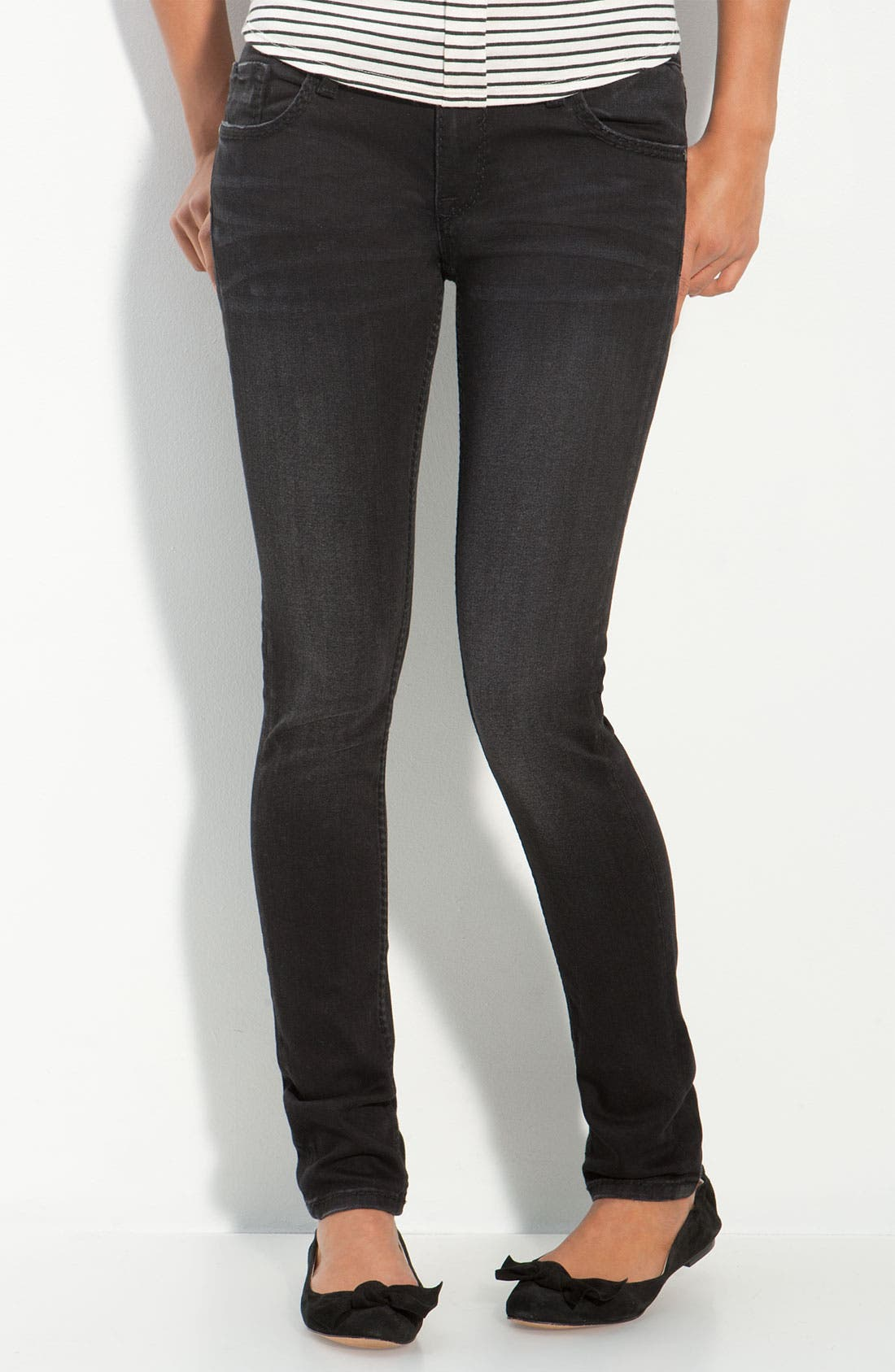 Alternate Image 2  - Vigoss Skinny Jeans (Juniors)